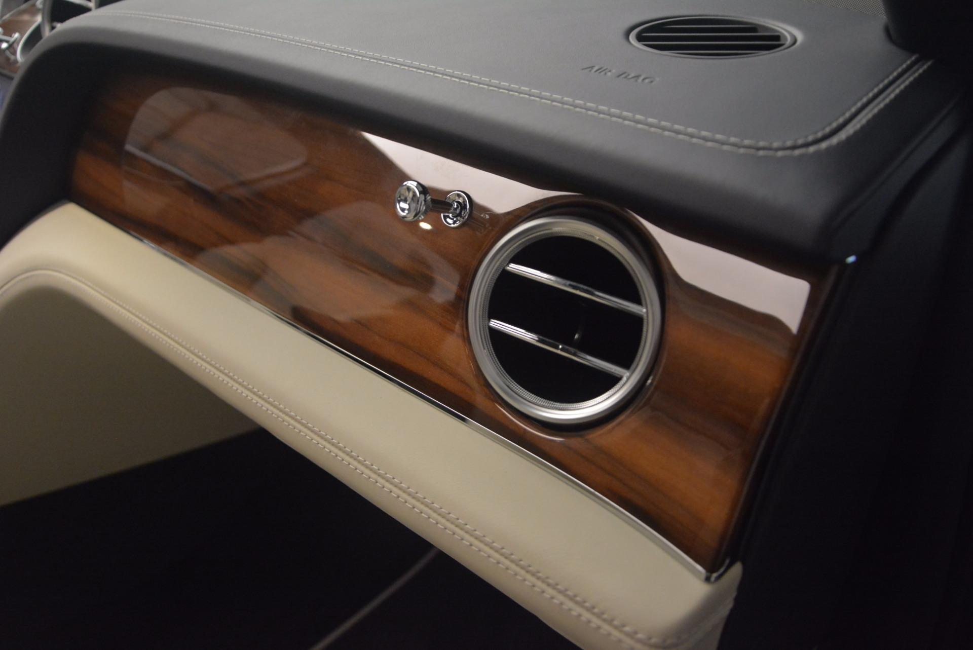 New 2018 Bentley Bentayga  For Sale In Westport, CT 1342_p46