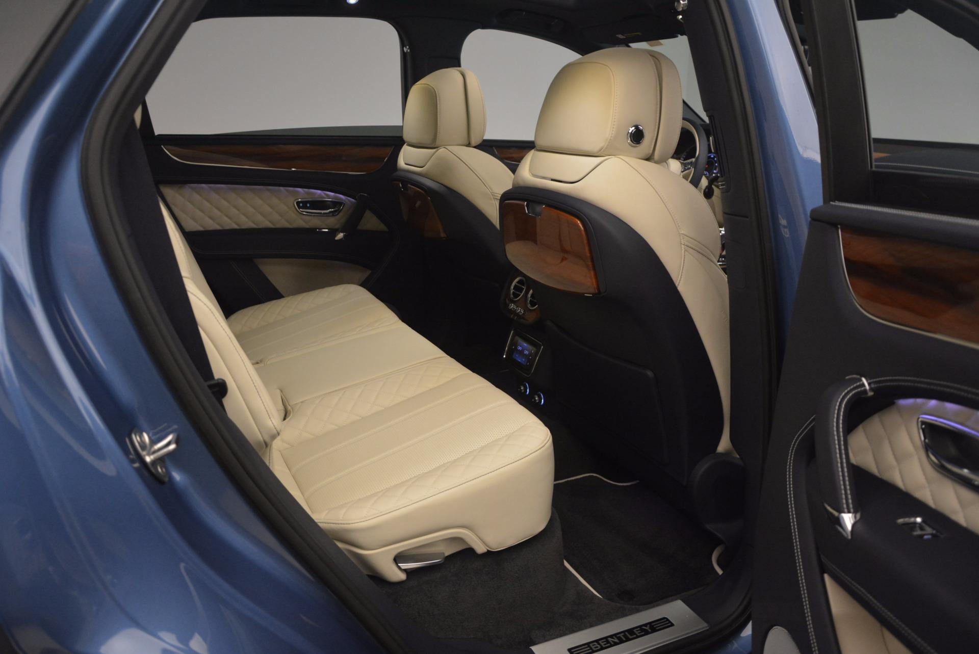 New 2018 Bentley Bentayga  For Sale In Westport, CT 1342_p47
