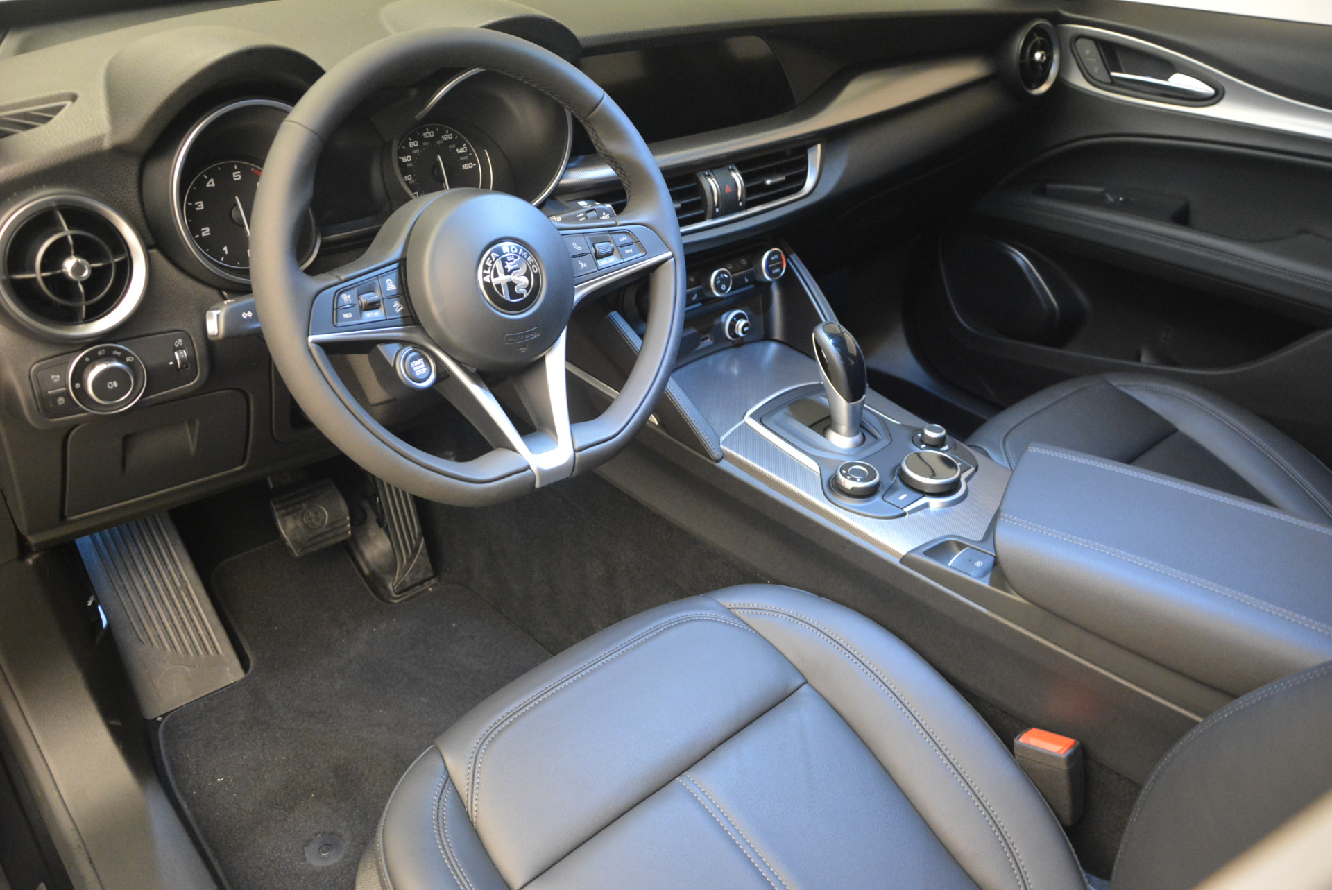 New 2018 Alfa Romeo Stelvio Ti Q4 For Sale In Westport, CT 1351_p15