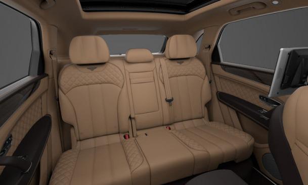 Used 2017 Bentley Bentayga  For Sale In Westport, CT 1359_p8