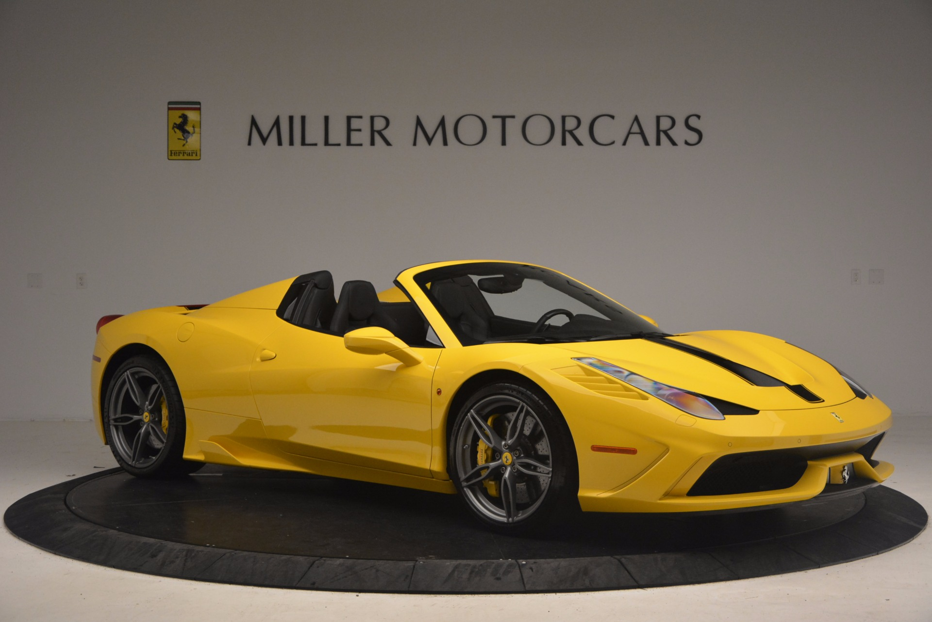 Used 2015 Ferrari 458 Speciale Aperta  For Sale In Westport, CT 1360_p10