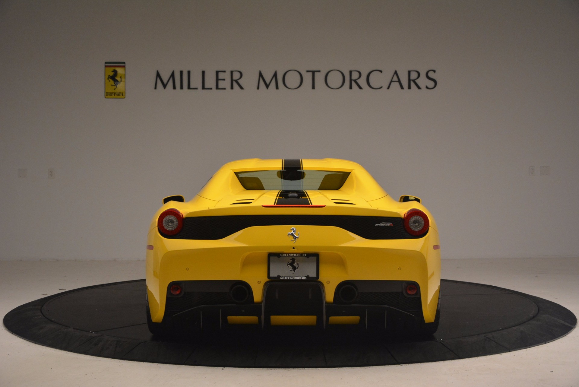 Used 2015 Ferrari 458 Speciale Aperta  For Sale In Westport, CT 1360_p18