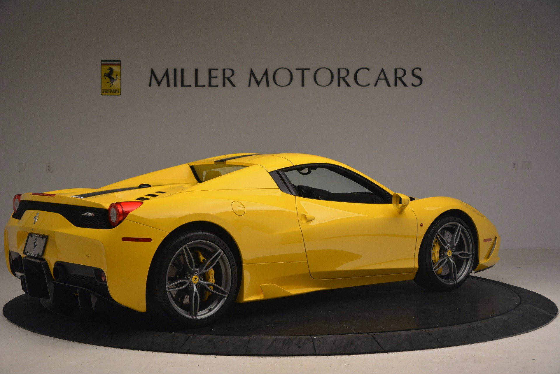 Used 2015 Ferrari 458 Speciale Aperta  For Sale In Westport, CT 1360_p20