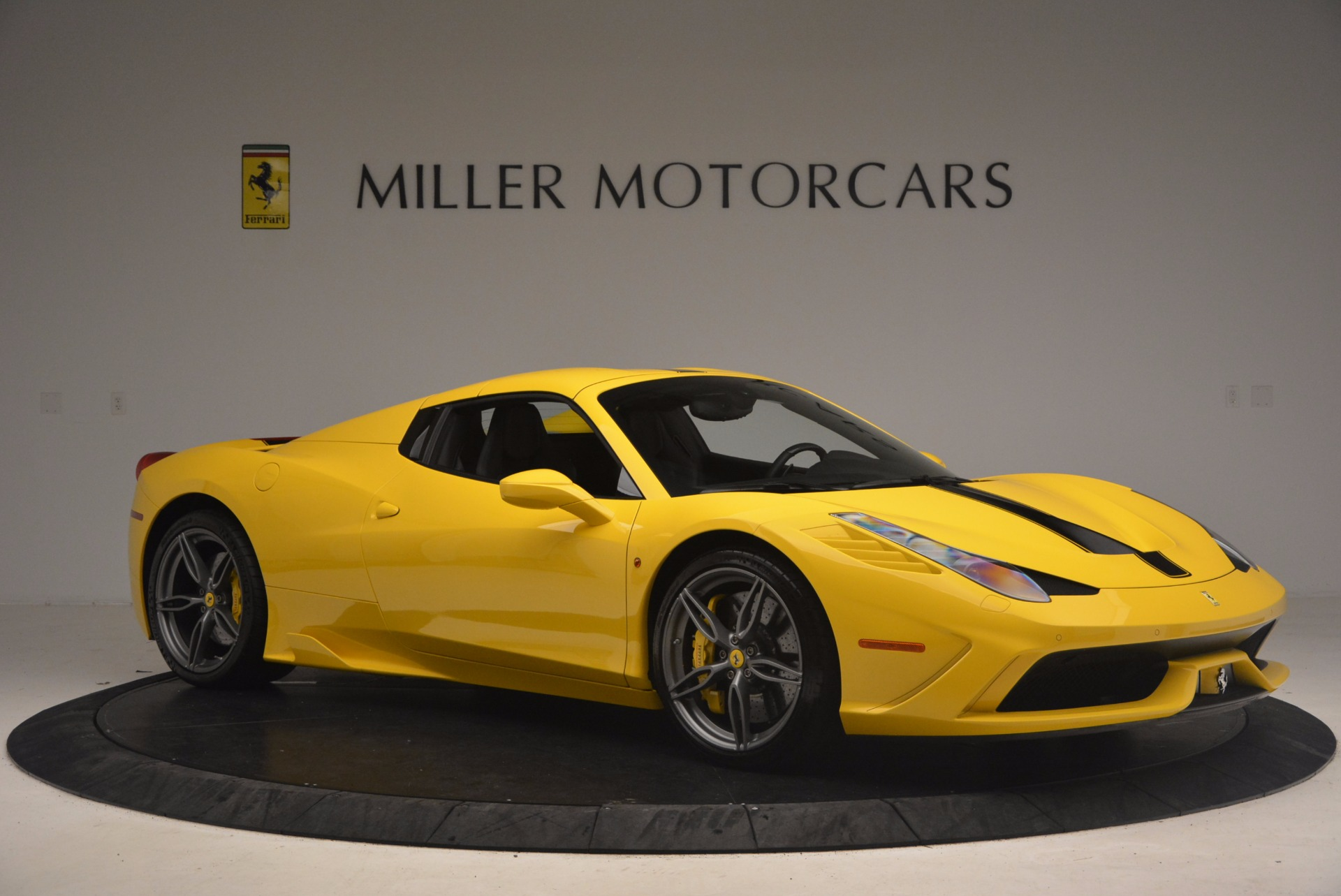 Used 2015 Ferrari 458 Speciale Aperta  For Sale In Westport, CT 1360_p22