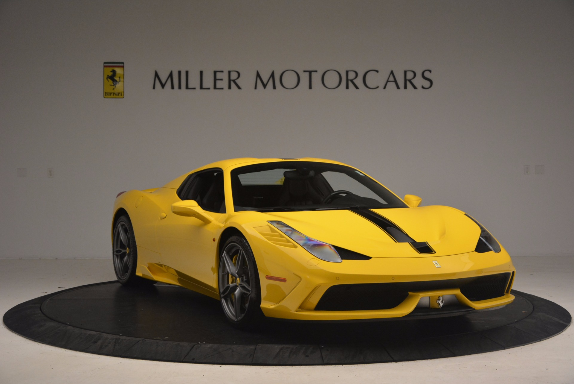 Used 2015 Ferrari 458 Speciale Aperta  For Sale In Westport, CT 1360_p23