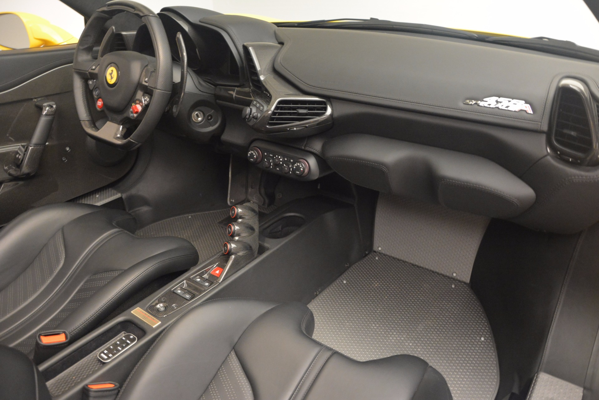 Used 2015 Ferrari 458 Speciale Aperta  For Sale In Westport, CT 1360_p29