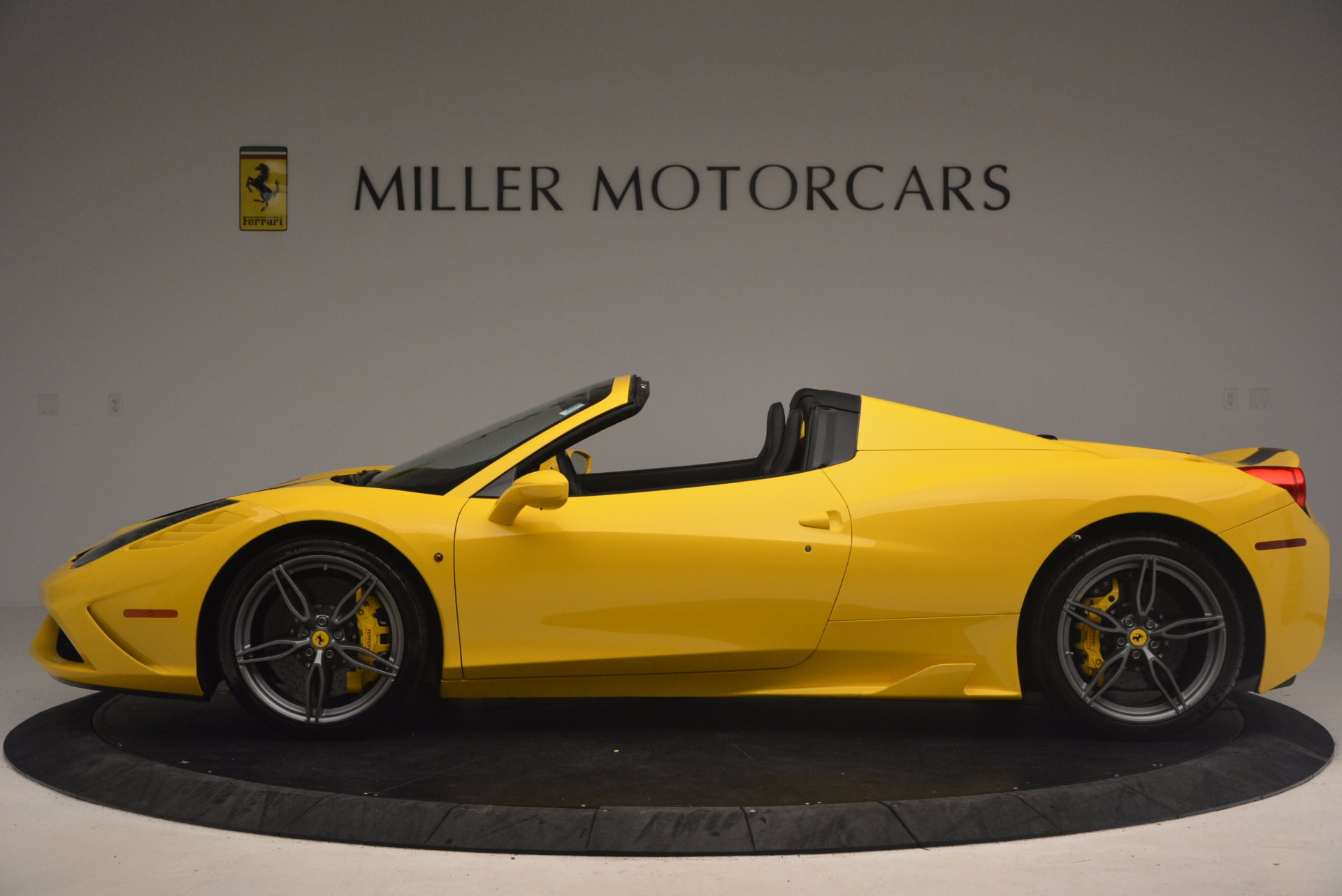 Used 2015 Ferrari 458 Speciale Aperta  For Sale In Westport, CT 1360_p3