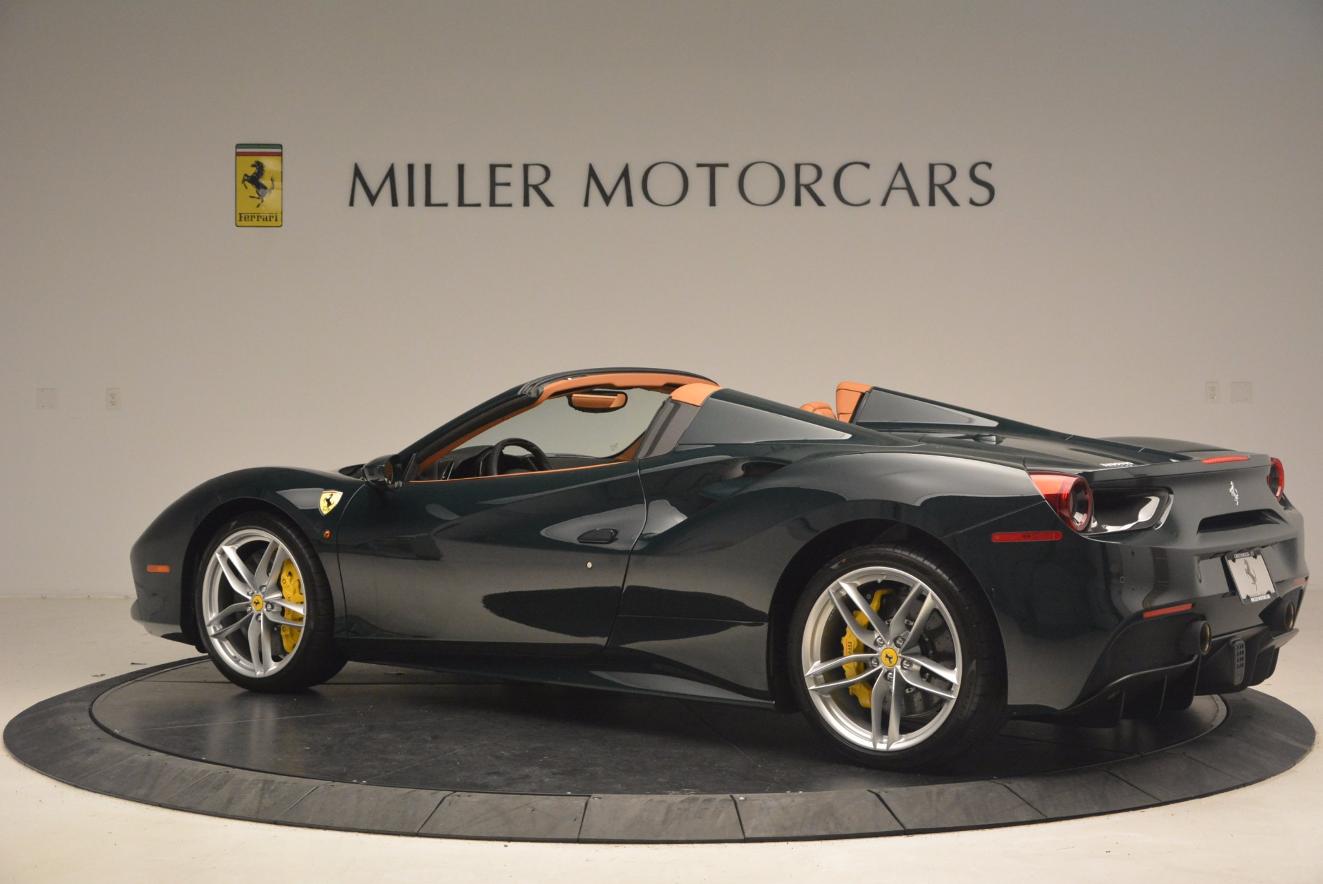 Used 2016 Ferrari 488 Spider  For Sale In Westport, CT 1361_p4
