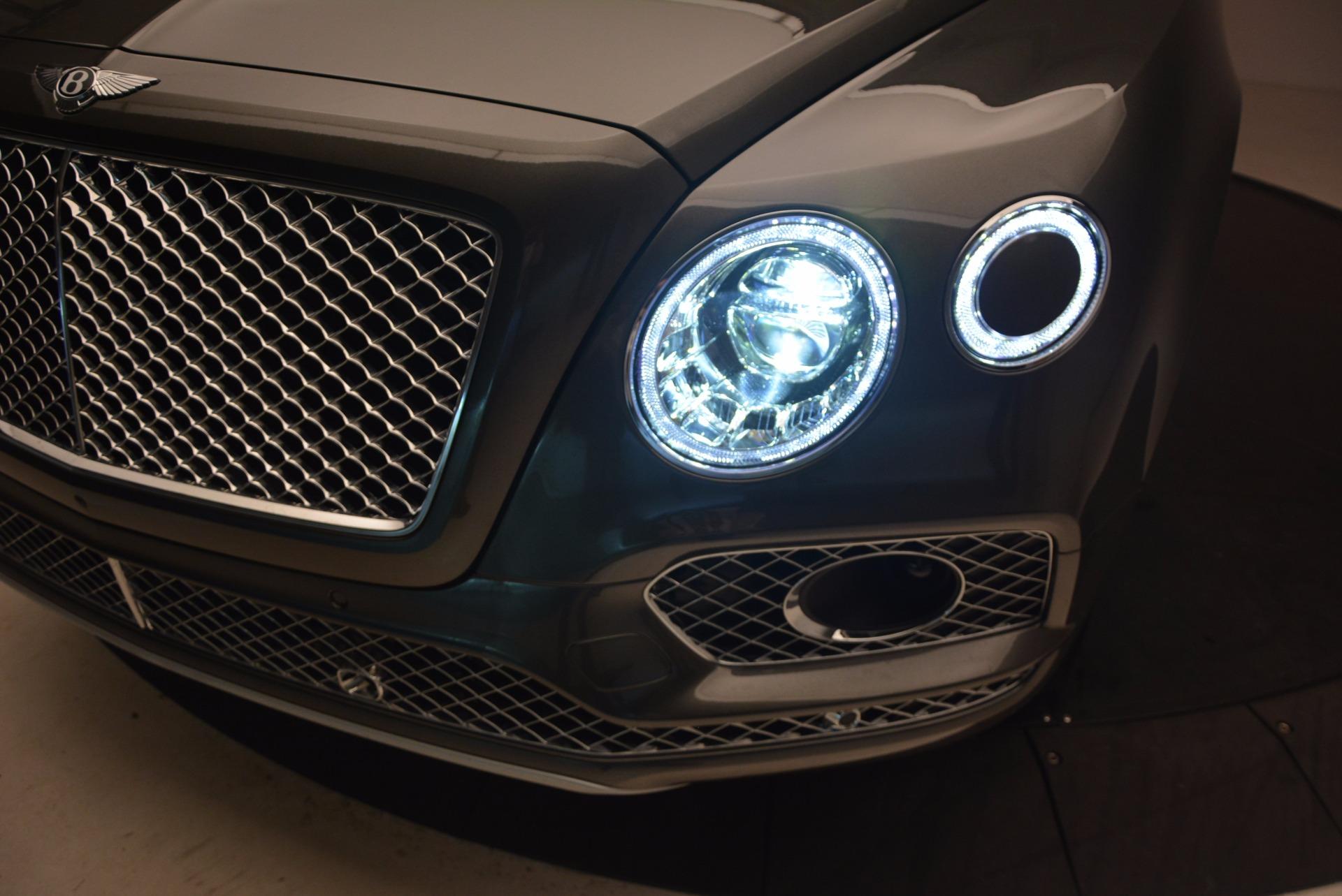 New 2018 Bentley Bentayga  For Sale In Westport, CT 1363_p17