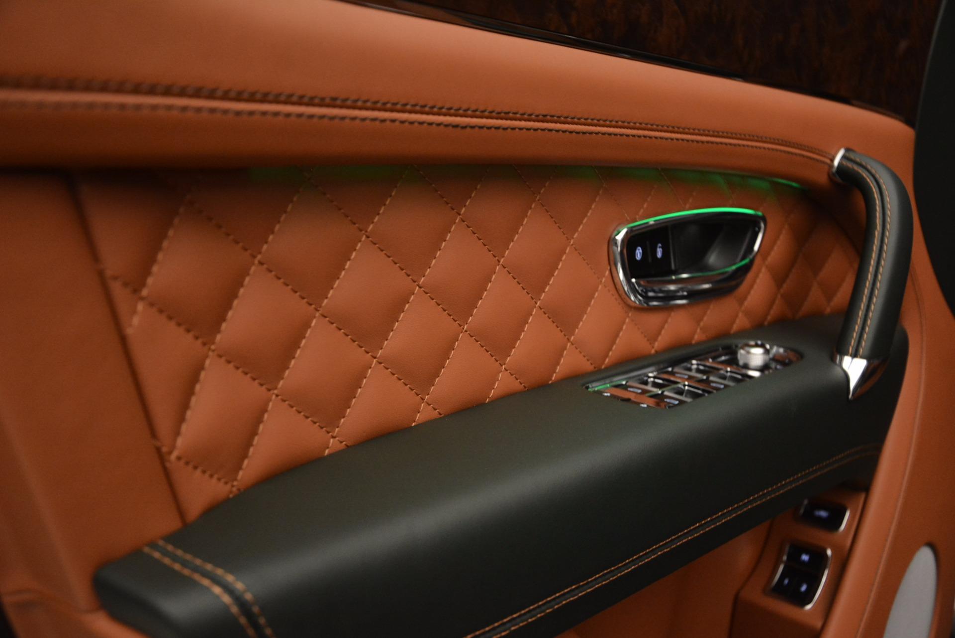 New 2018 Bentley Bentayga  For Sale In Westport, CT 1363_p24