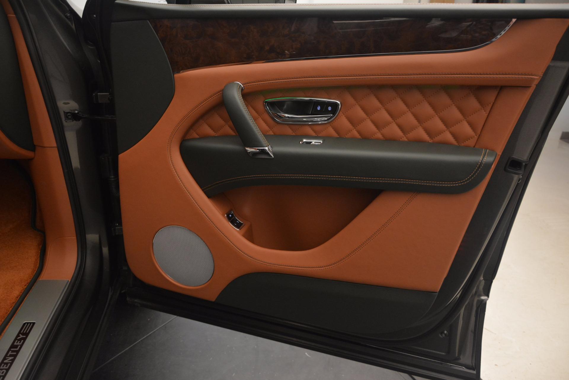 New 2018 Bentley Bentayga  For Sale In Westport, CT 1363_p44