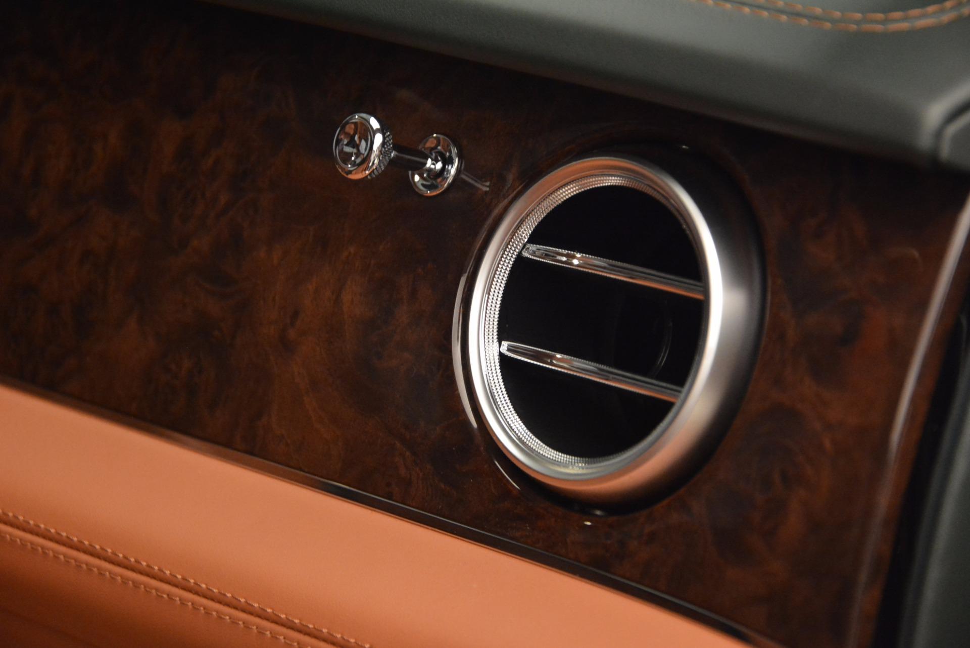 New 2018 Bentley Bentayga  For Sale In Westport, CT 1363_p48