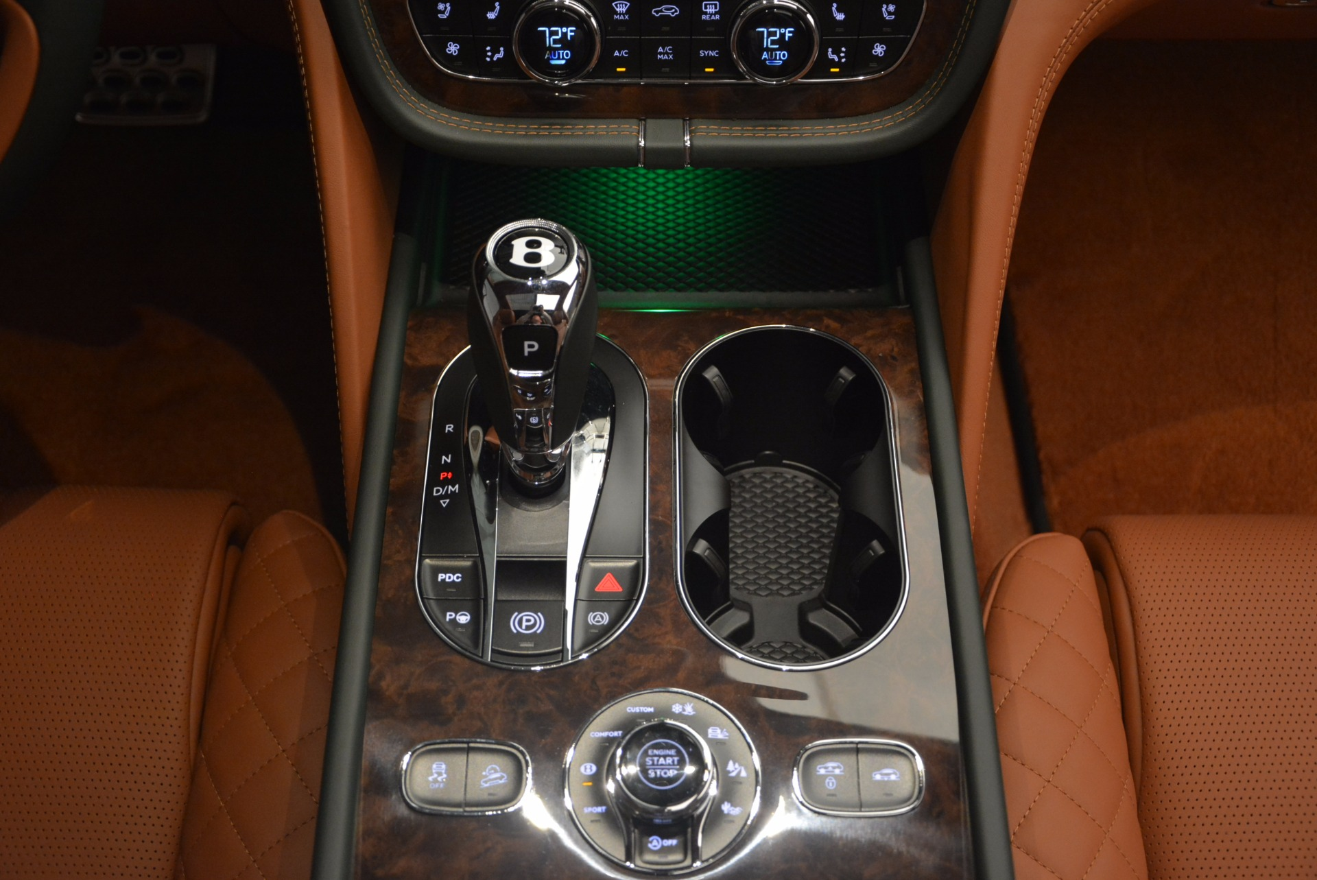 New 2018 Bentley Bentayga  For Sale In Westport, CT 1363_p53
