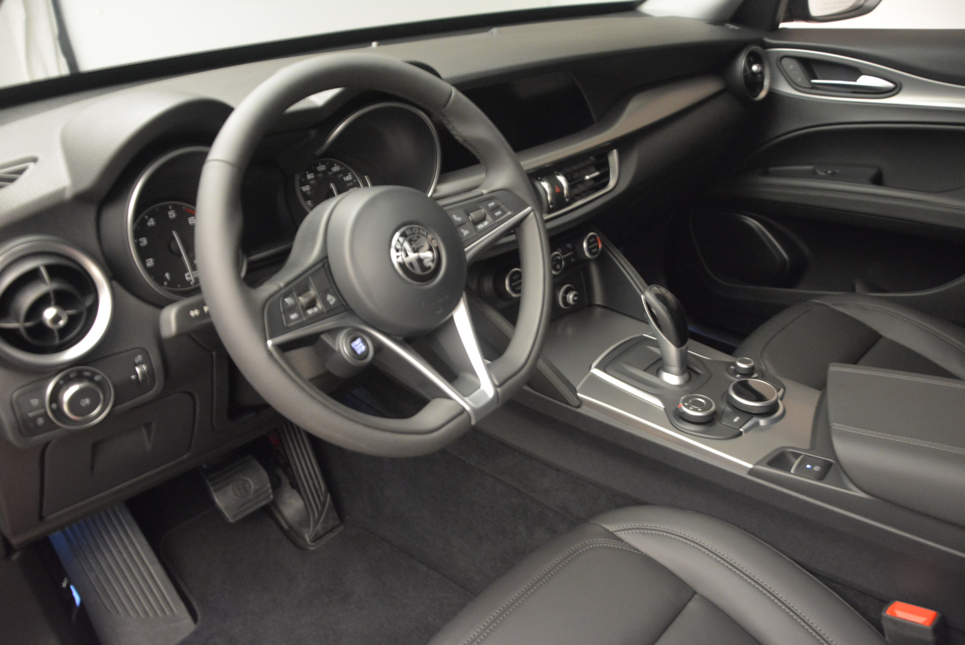 New 2018 Alfa Romeo Stelvio Q4 For Sale In Westport, CT 1365_p15