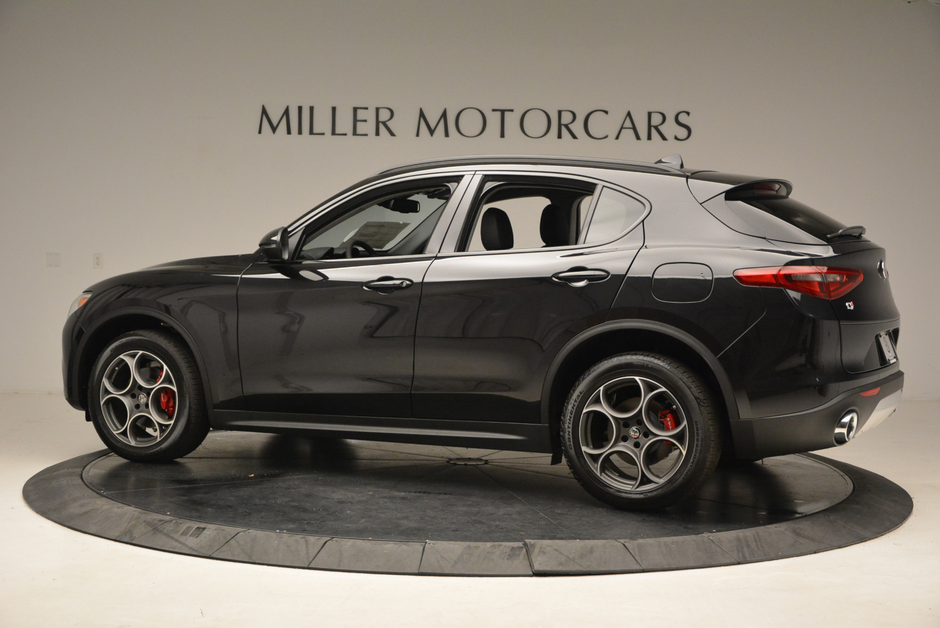 New 2018 Alfa Romeo Stelvio Sport Q4 For Sale In Westport, CT 1380_p4