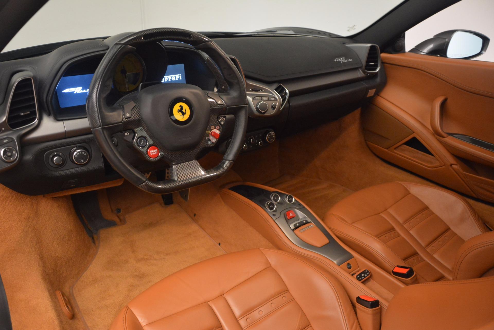 Used 2011 Ferrari 458 Italia  For Sale In Westport, CT 1385_p13