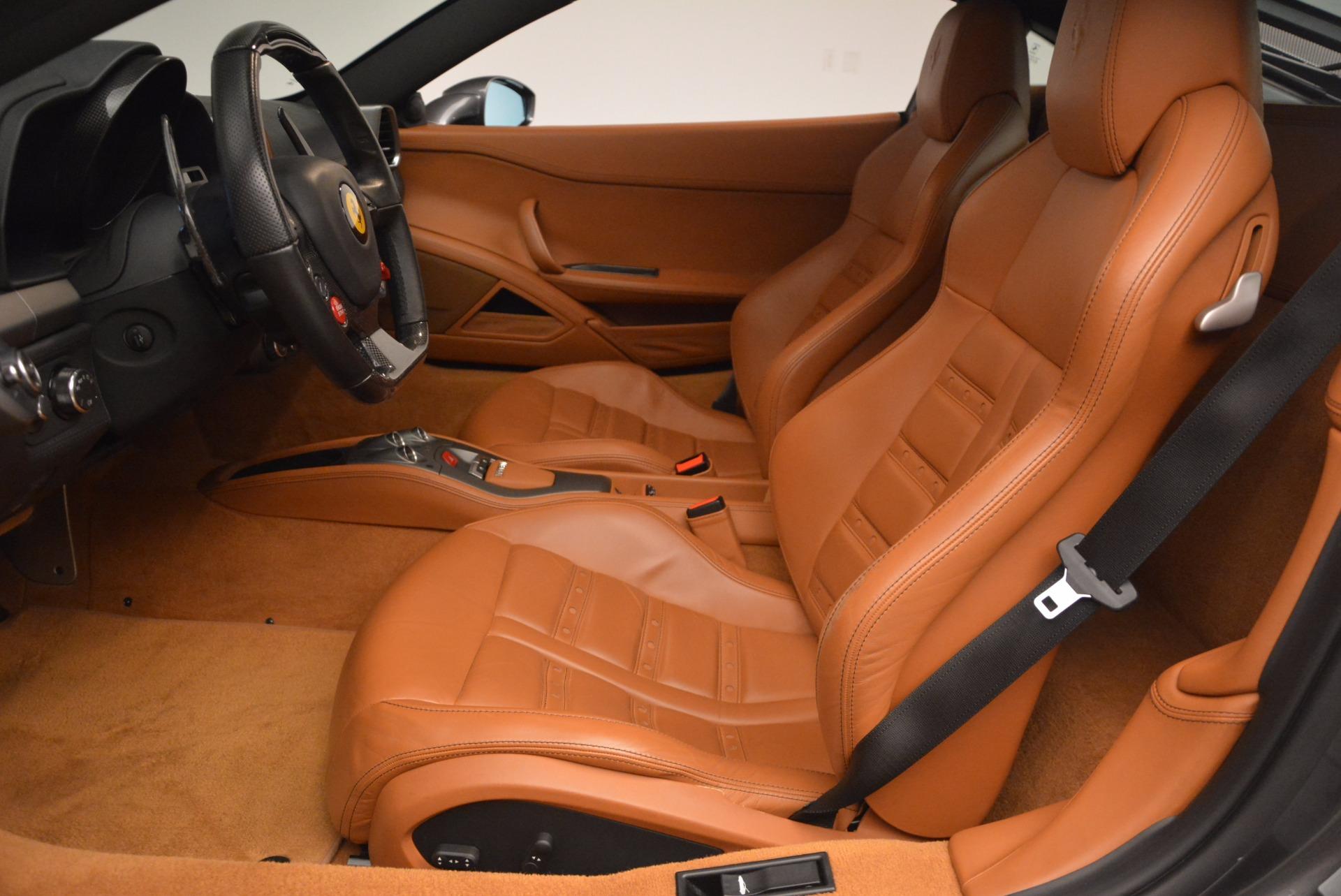 Used 2011 Ferrari 458 Italia  For Sale In Westport, CT 1385_p14