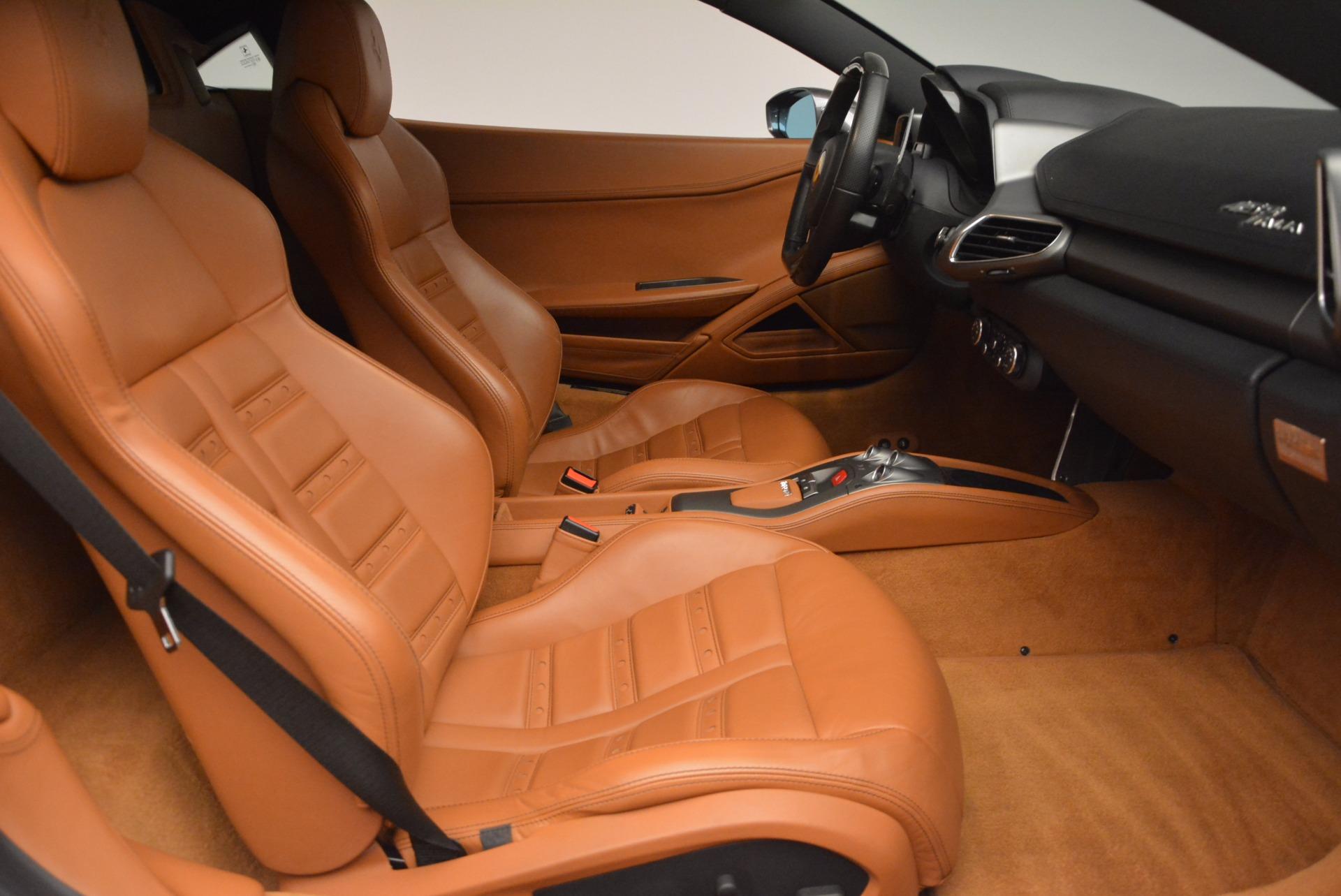 Used 2011 Ferrari 458 Italia  For Sale In Westport, CT 1385_p18