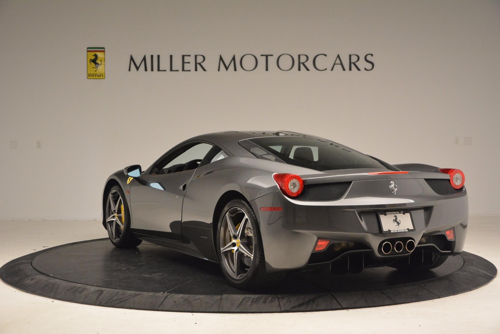 Used 2011 Ferrari 458 Italia  For Sale In Westport, CT 1385_p5