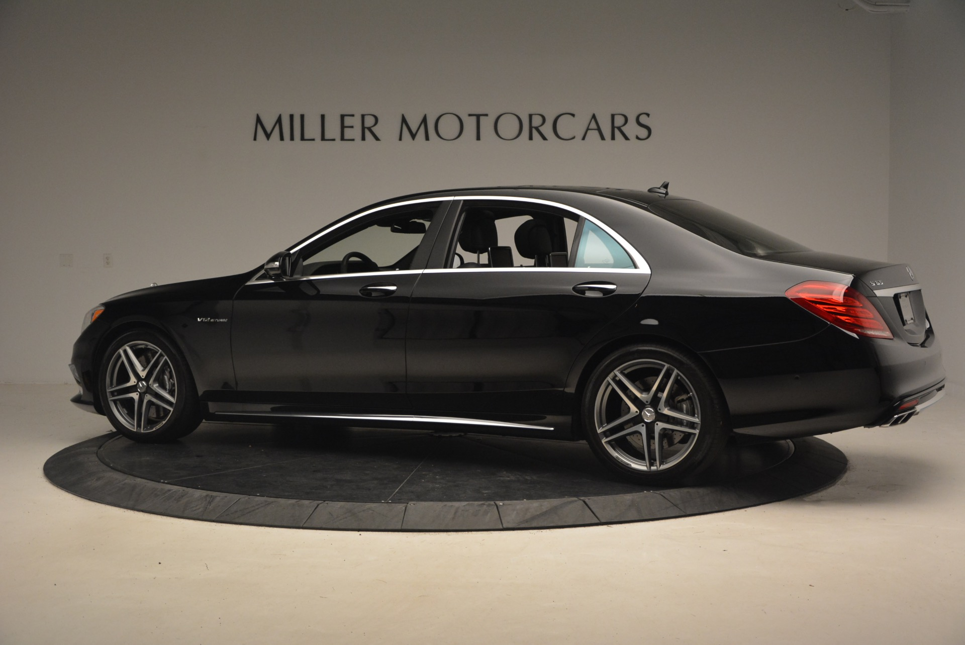 Used 2015 Mercedes-Benz S-Class S 65 AMG For Sale In Westport, CT 1386_p4