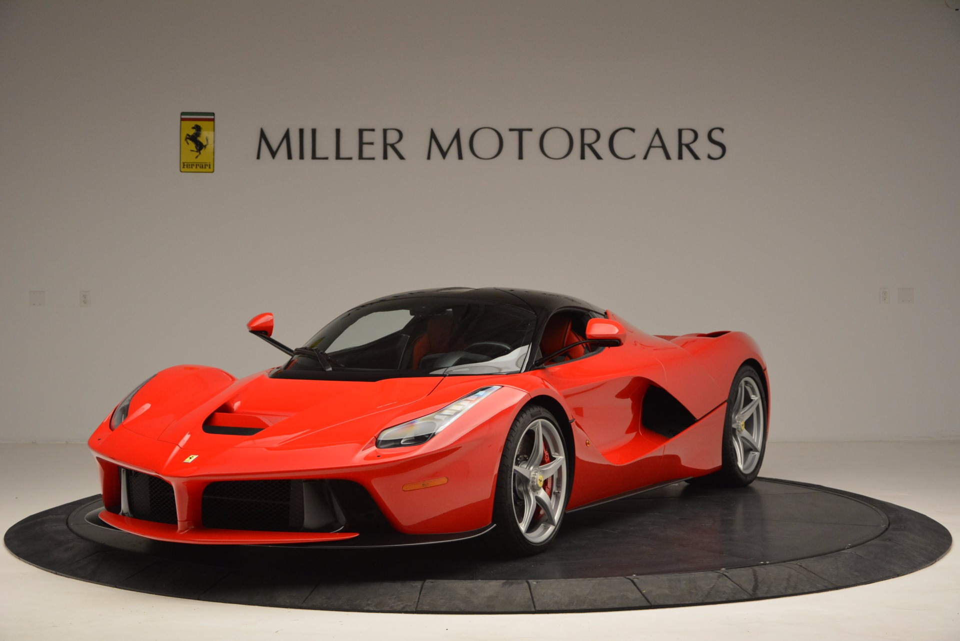 Used 2015 Ferrari LaFerrari  For Sale In Westport, CT 1402_main