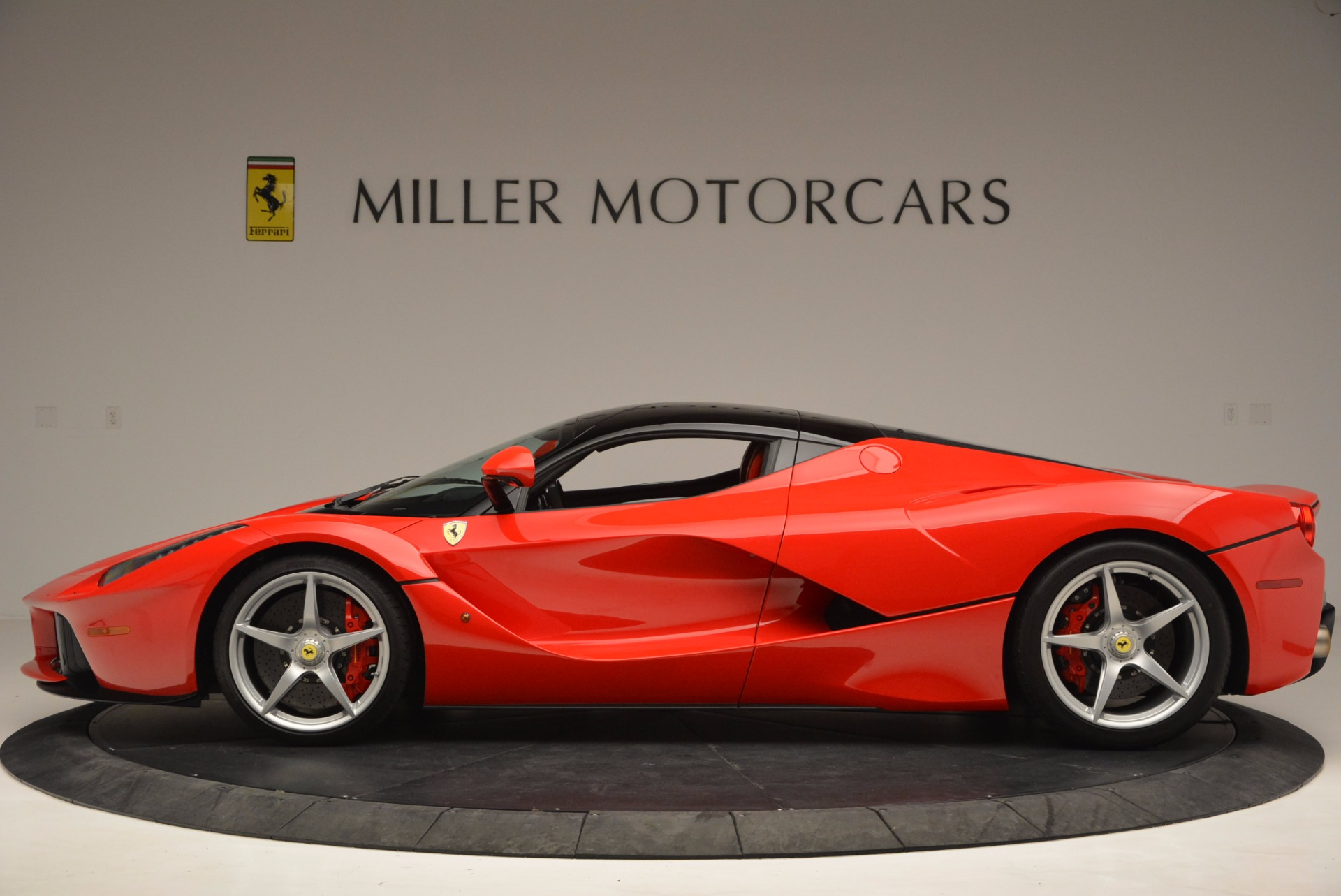 Used 2015 Ferrari LaFerrari  For Sale In Westport, CT 1402_p3
