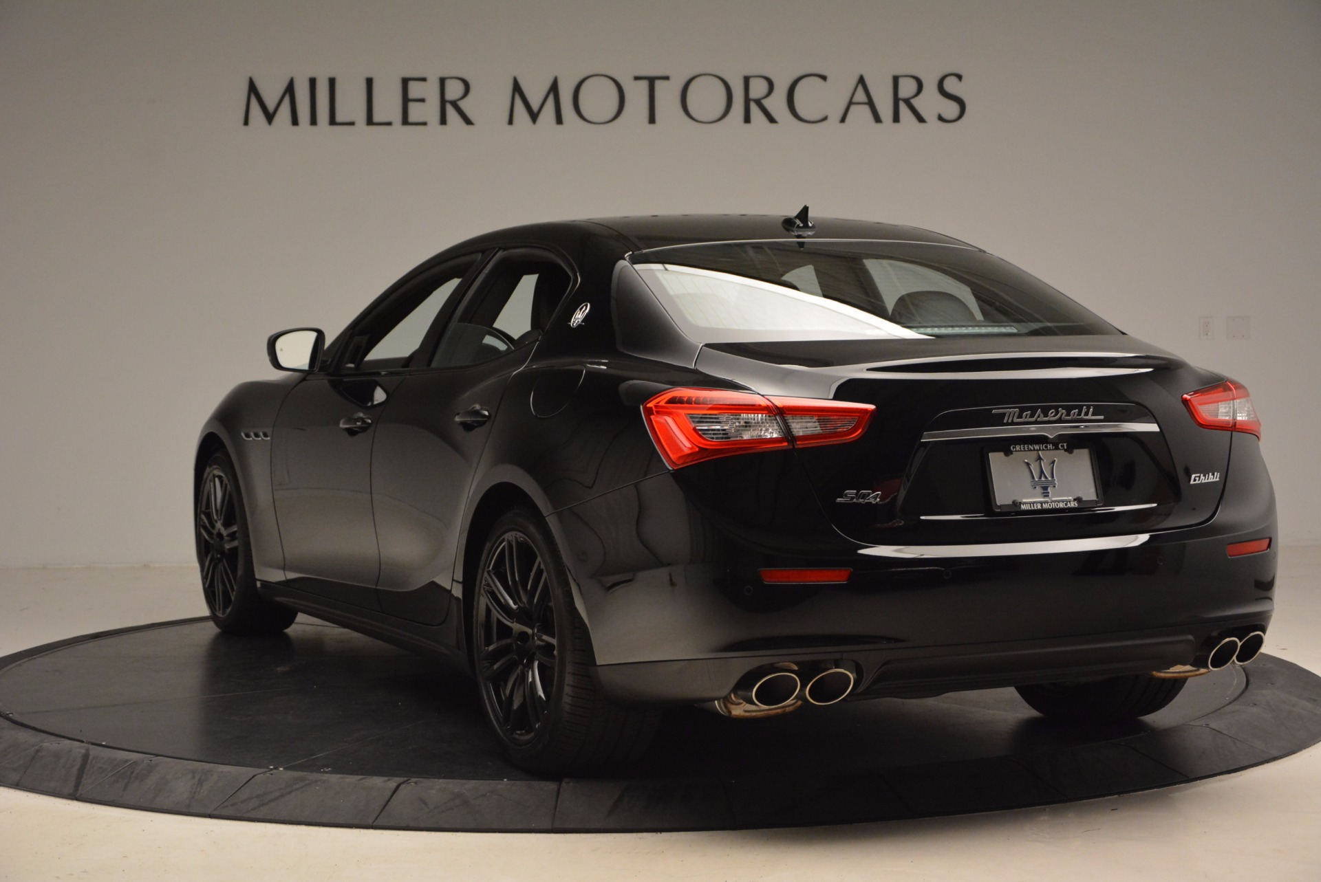 New 2017 Maserati Ghibli Nerissimo Edition S Q4 For Sale In Westport, CT 1420_p5