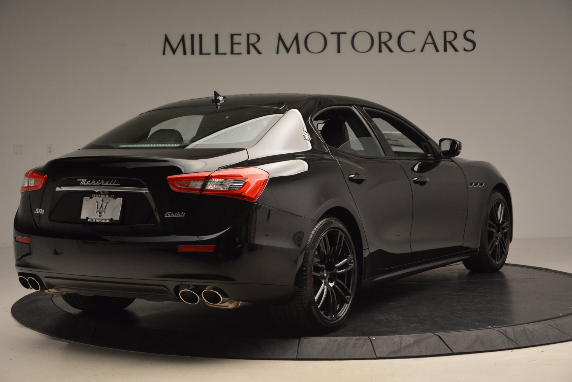 New 2017 Maserati Ghibli Nerissimo Edition S Q4 For Sale In Westport, CT 1420_p7
