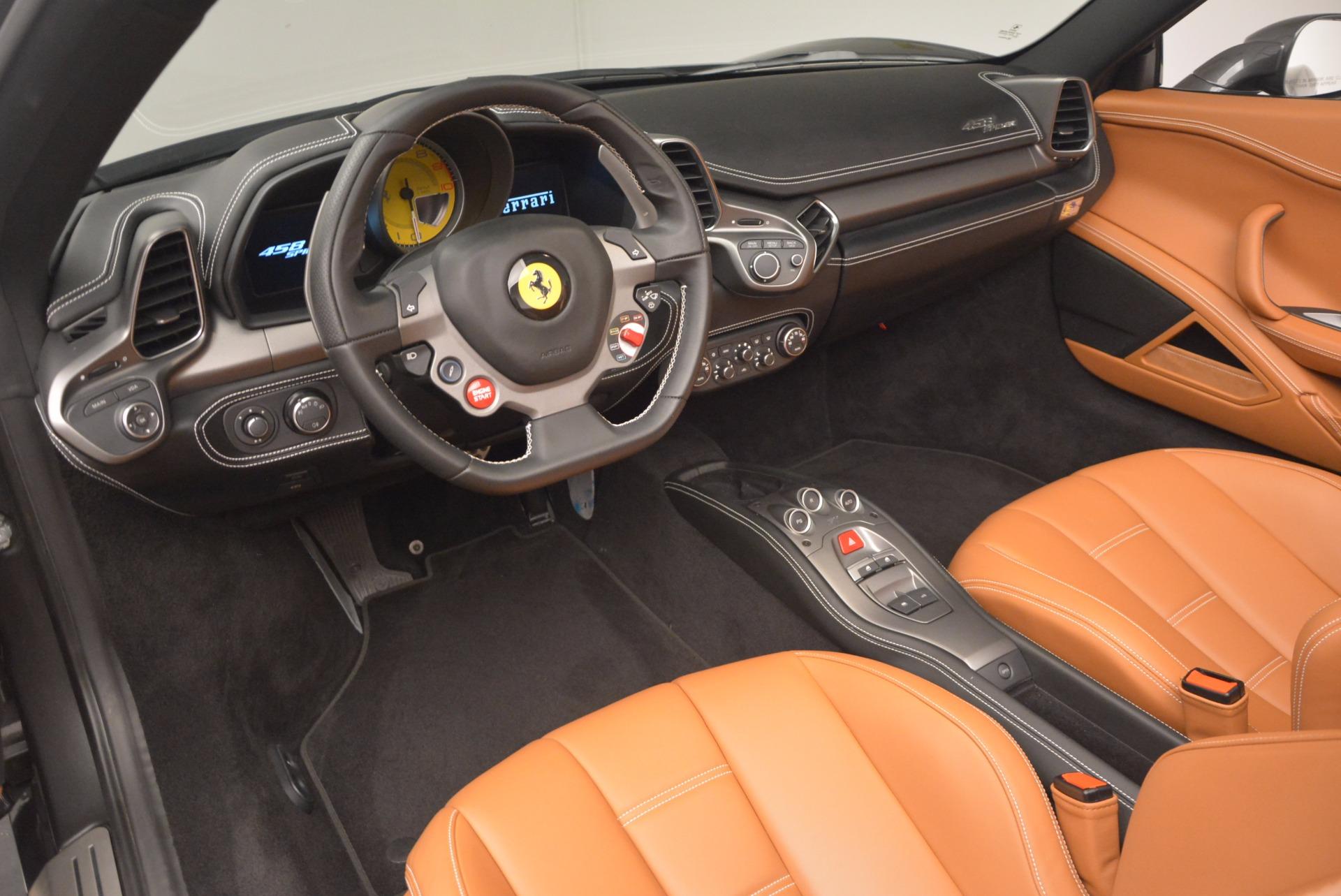 Used 2015 Ferrari 458 Spider  For Sale In Westport, CT 1423_p25