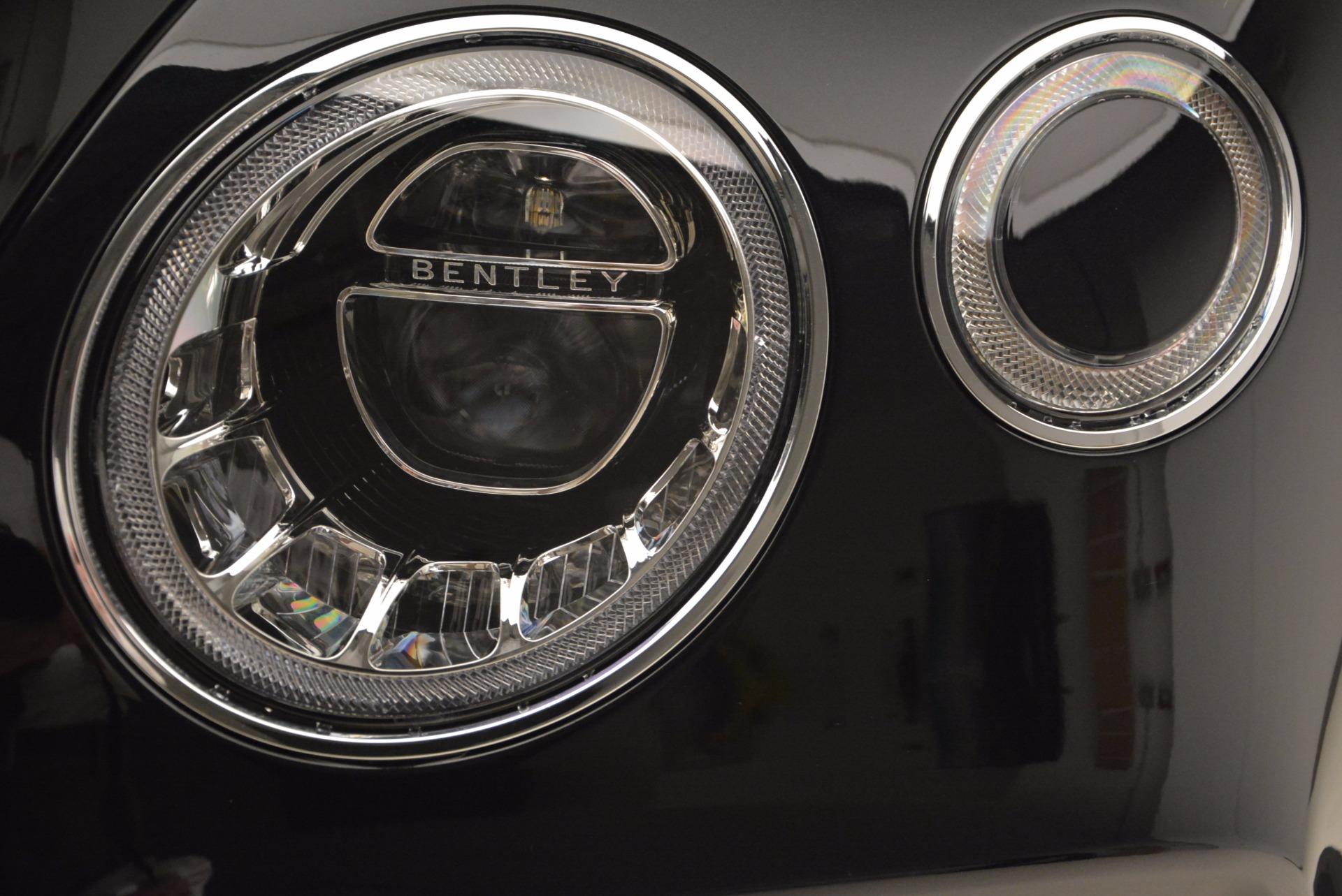 New 2018 Bentley Bentayga Signature For Sale In Westport, CT 1424_p15