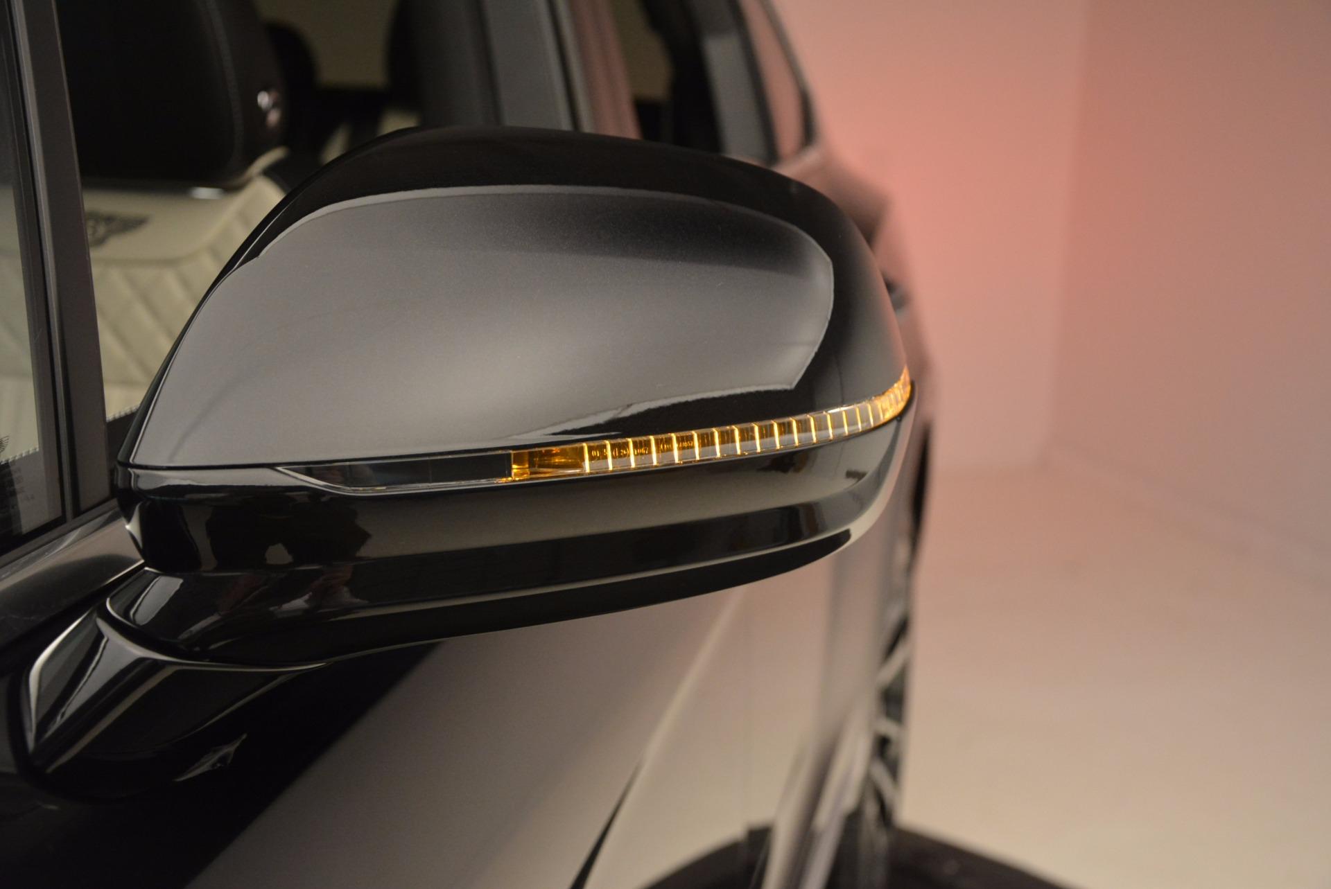 New 2018 Bentley Bentayga Signature For Sale In Westport, CT 1424_p19