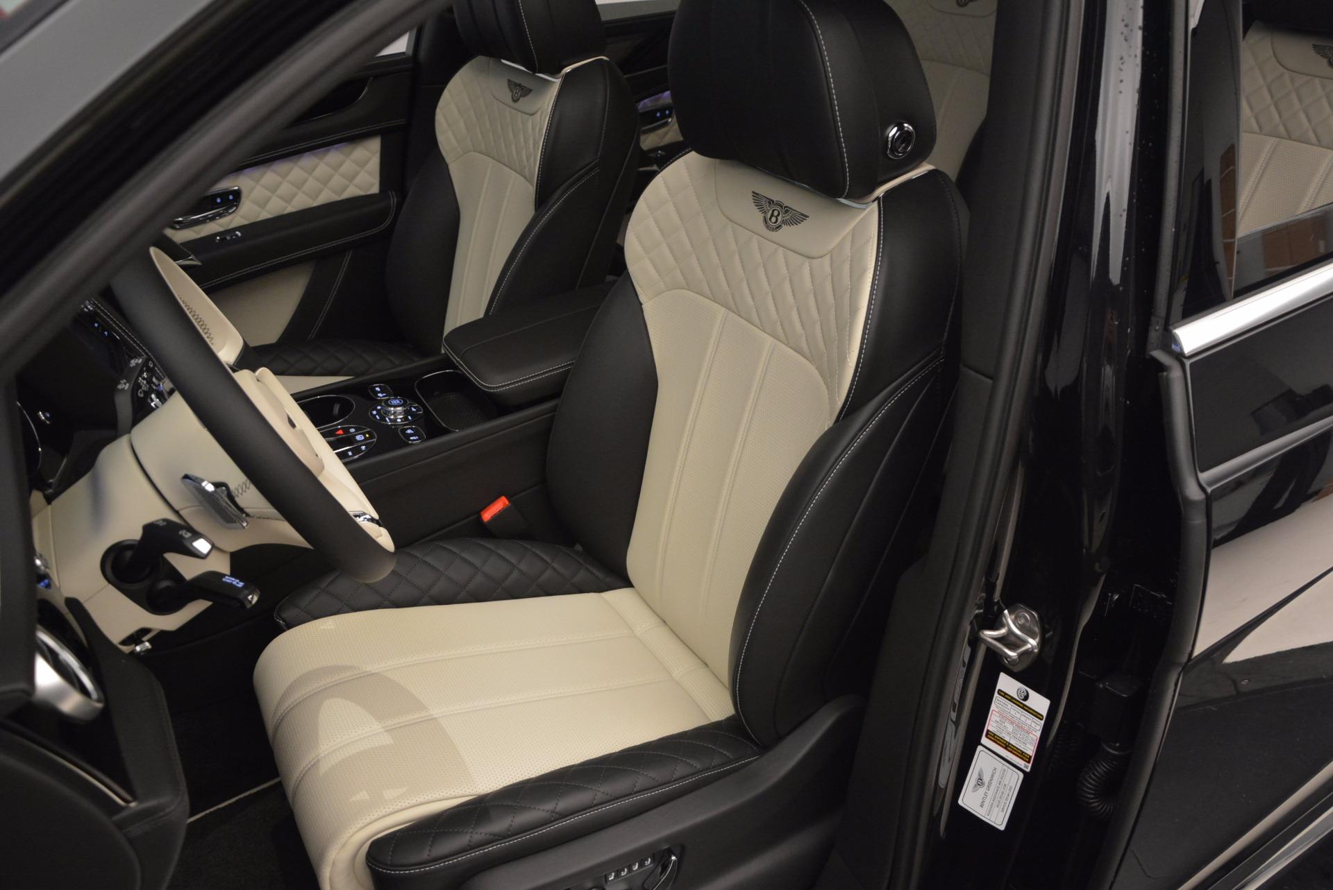 New 2018 Bentley Bentayga Signature For Sale In Westport, CT 1424_p26