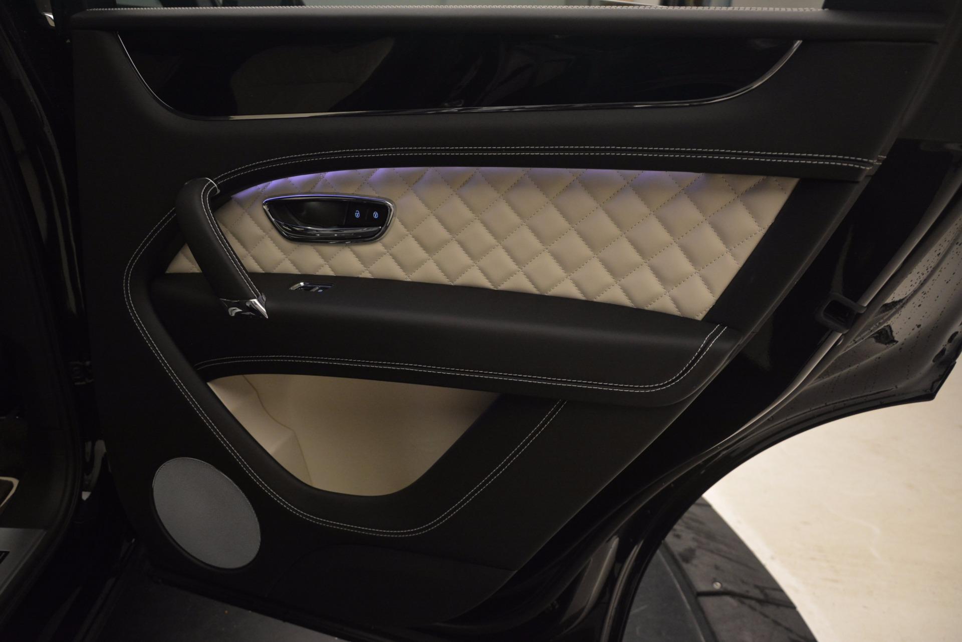New 2018 Bentley Bentayga Signature For Sale In Westport, CT 1424_p37