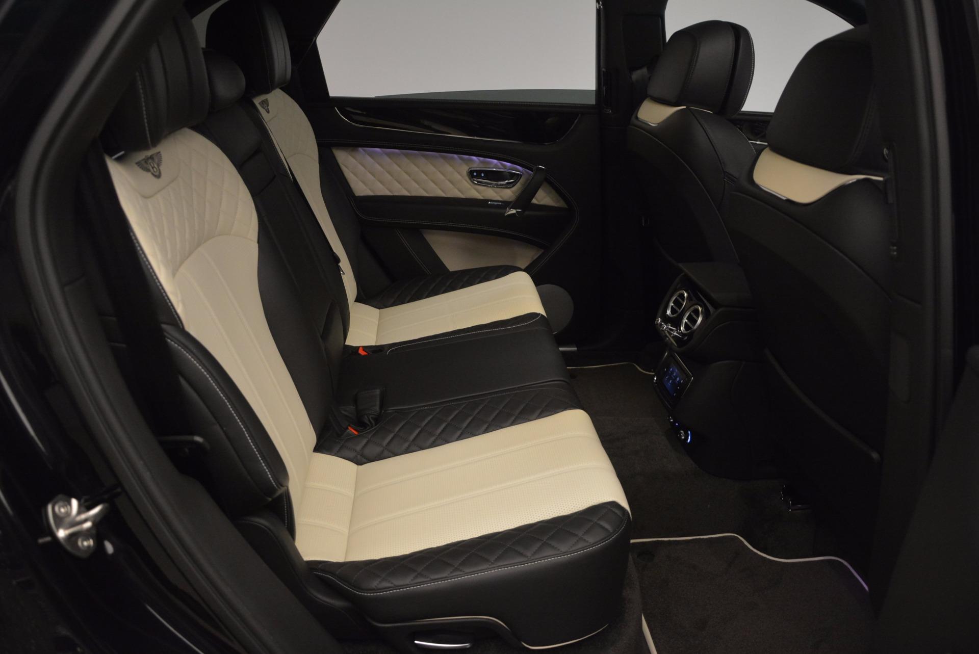 New 2018 Bentley Bentayga Signature For Sale In Westport, CT 1424_p39