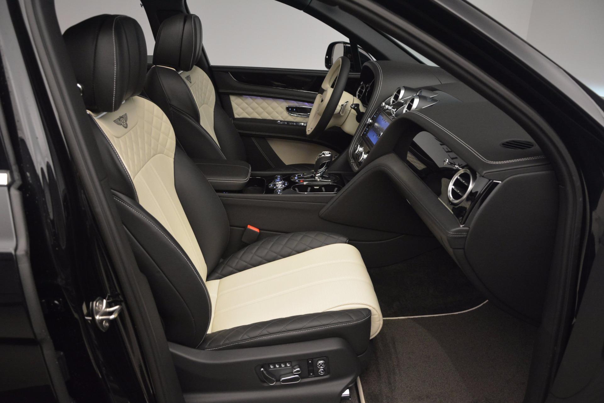 New 2018 Bentley Bentayga Signature For Sale In Westport, CT 1424_p42