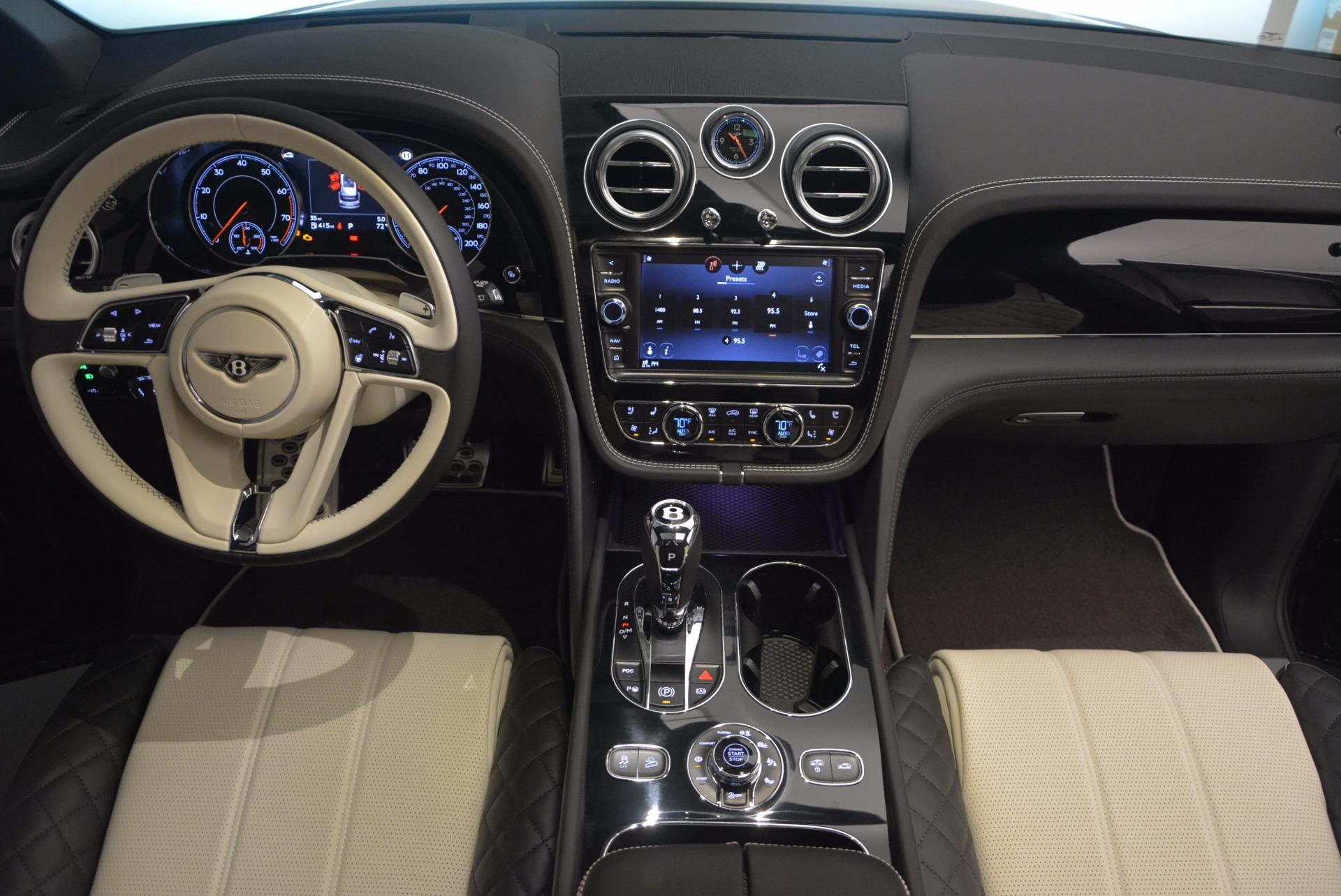 New 2018 Bentley Bentayga Signature For Sale In Westport, CT 1424_p46