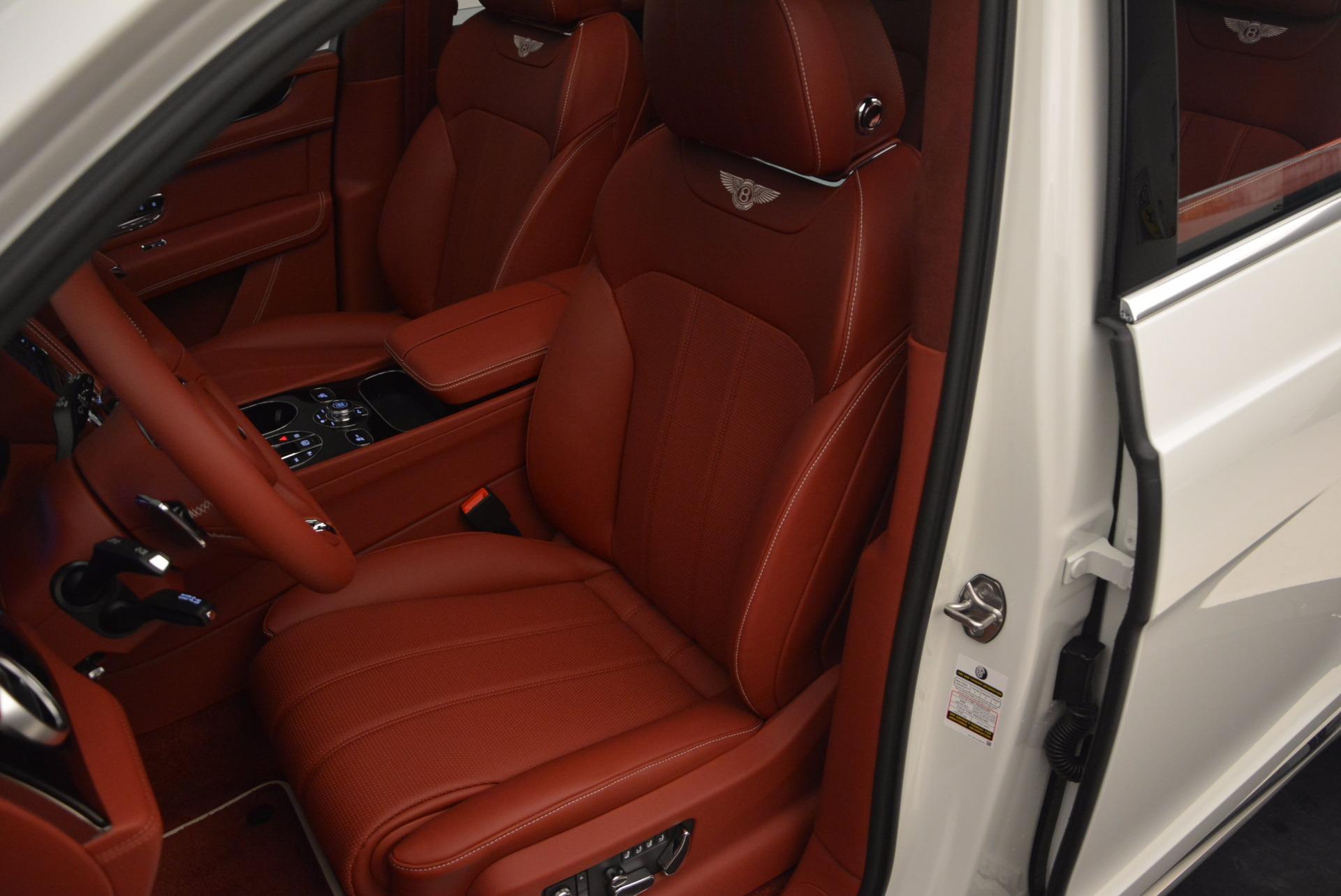 New 2018 Bentley Bentayga Onyx For Sale In Westport, CT 1425_p28