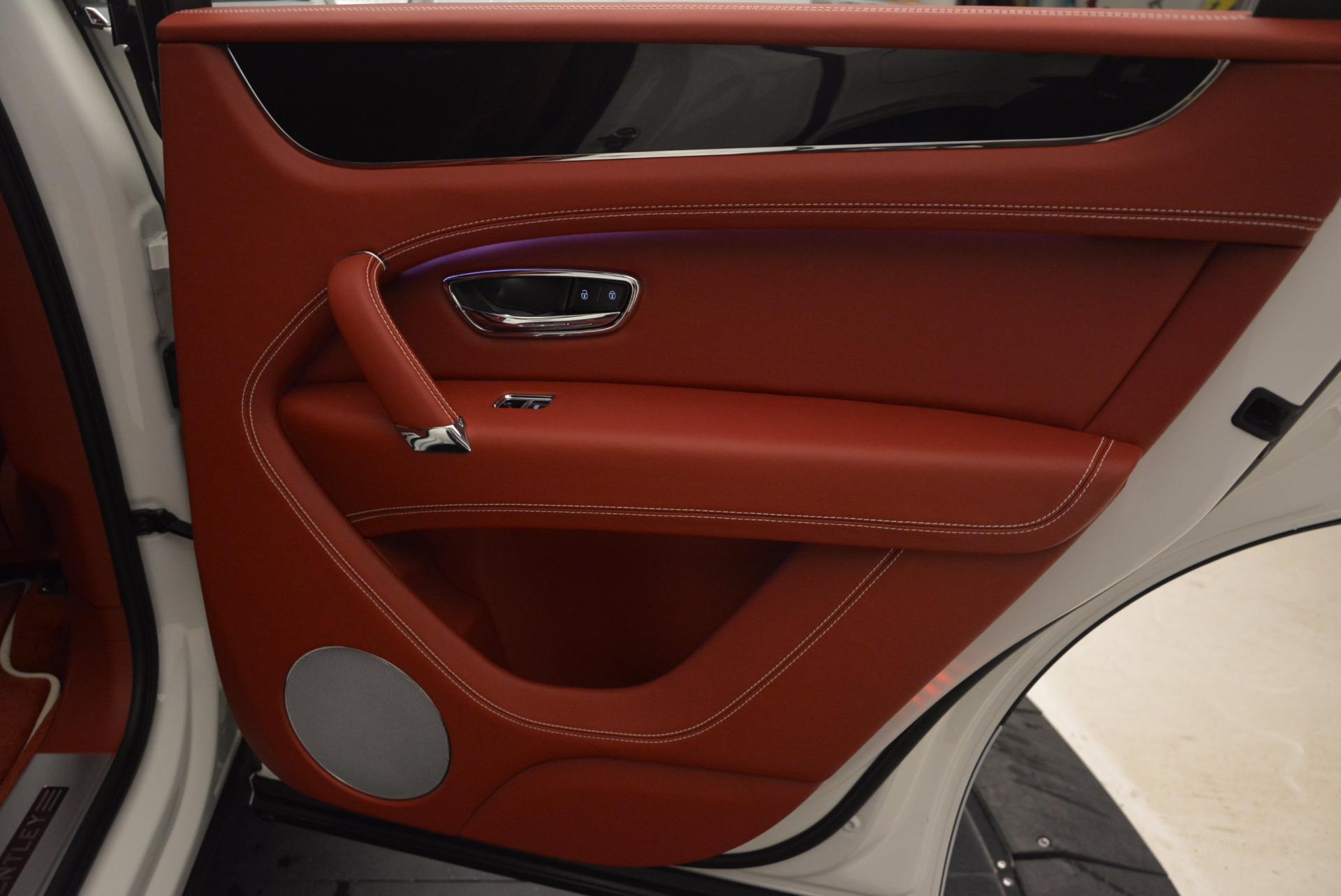 New 2018 Bentley Bentayga Onyx For Sale In Westport, CT 1425_p38