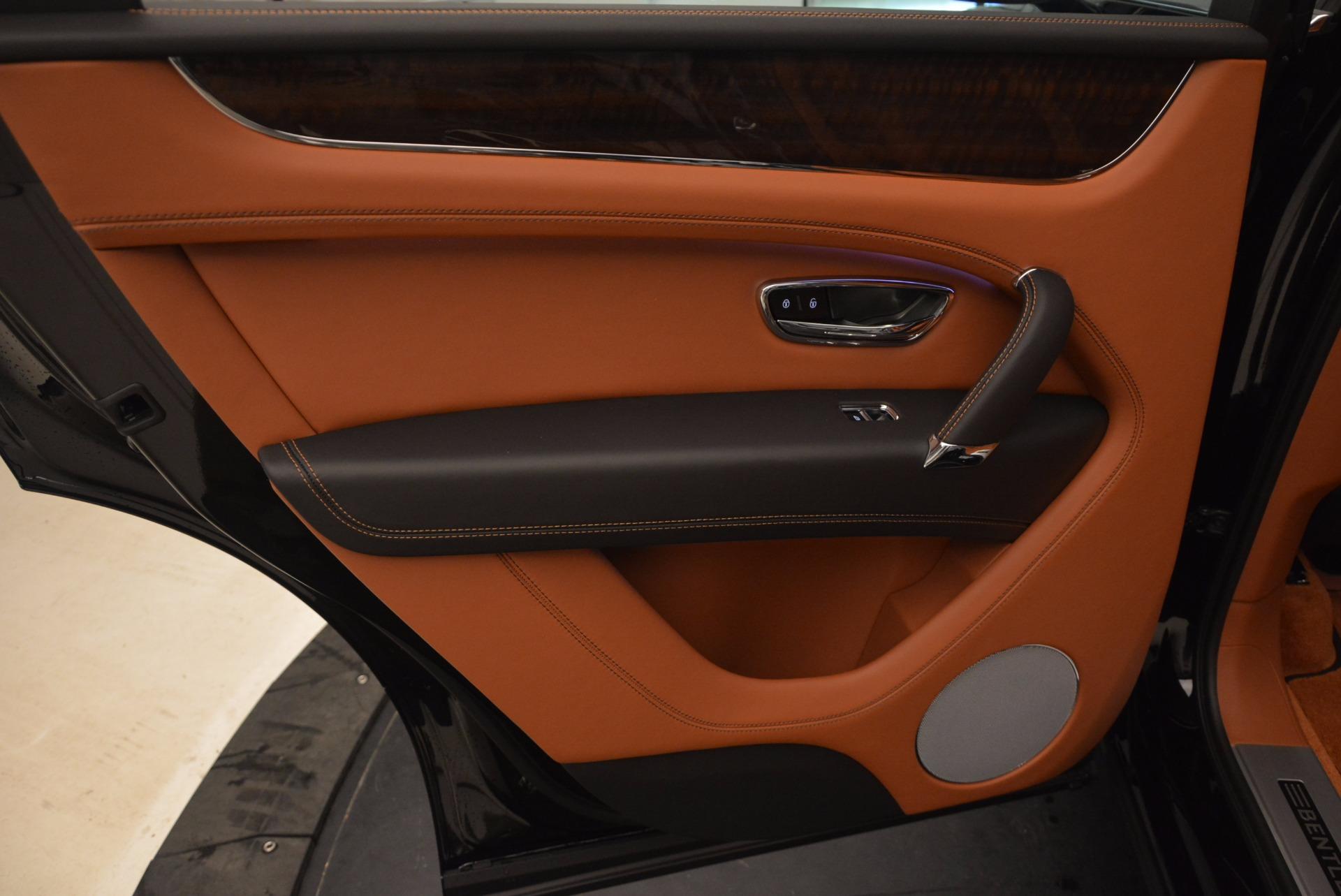 New 2018 Bentley Bentayga Onyx For Sale In Westport, CT 1428_p28