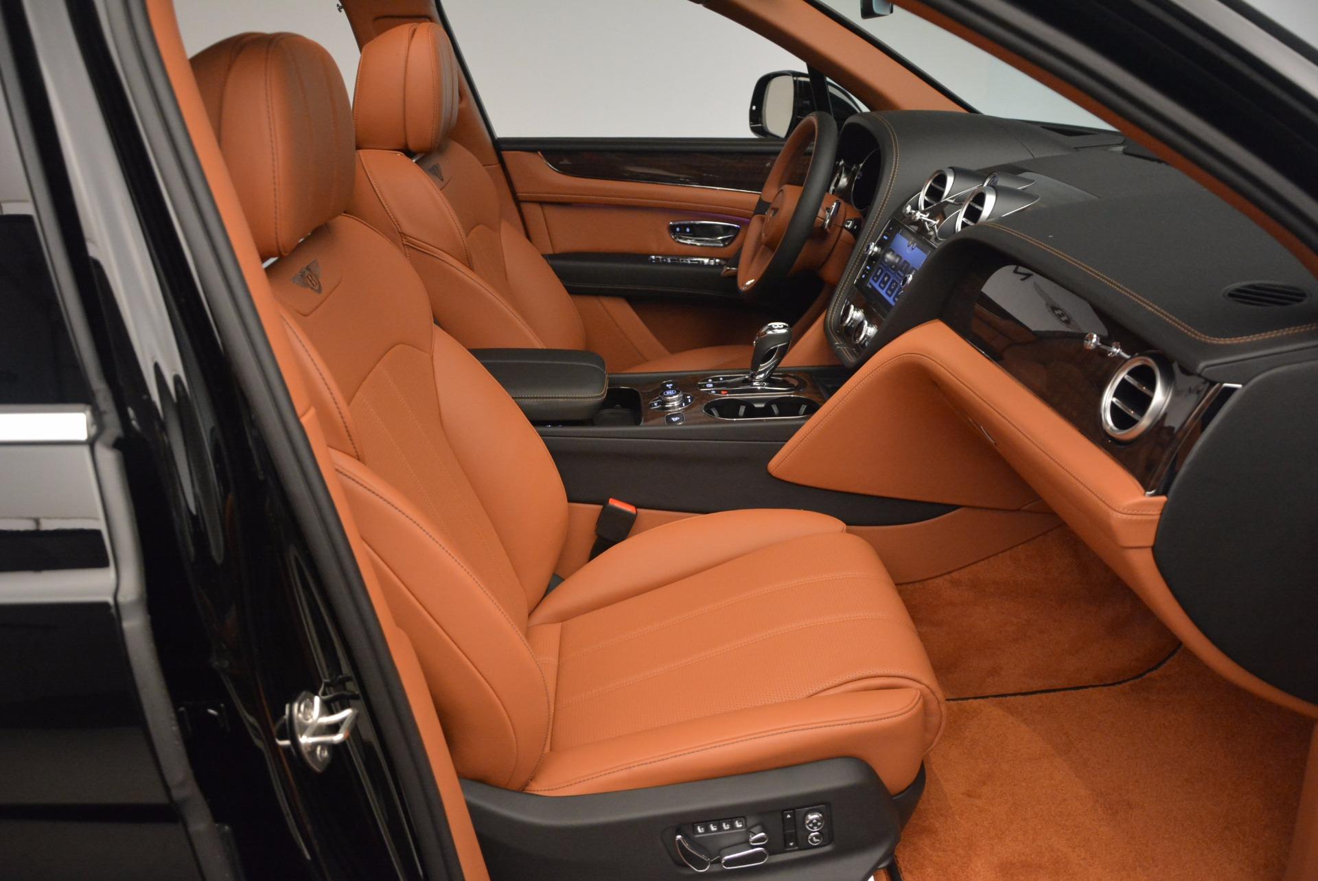 New 2018 Bentley Bentayga Onyx For Sale In Westport, CT 1428_p41