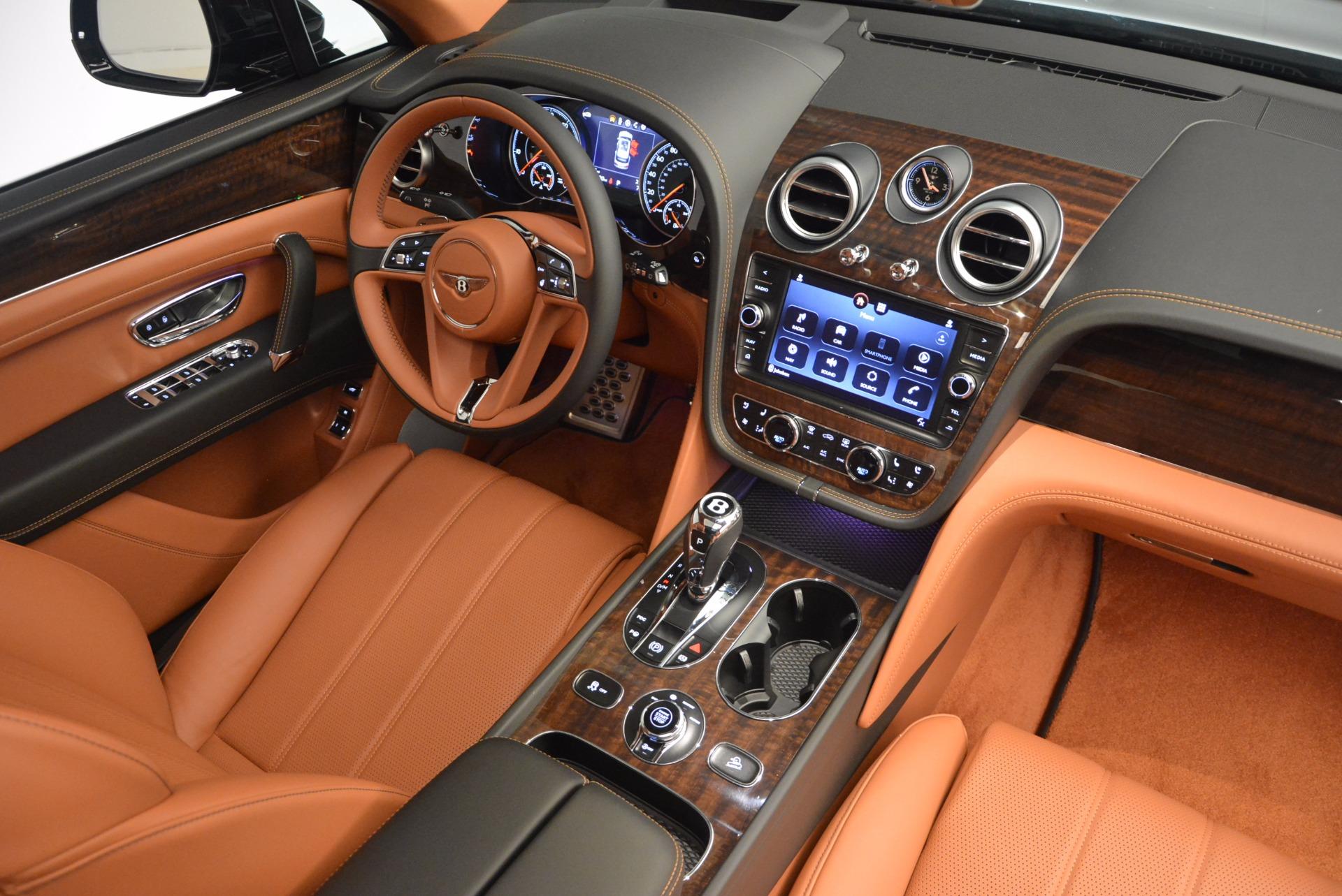 New 2018 Bentley Bentayga Onyx For Sale In Westport, CT 1428_p44