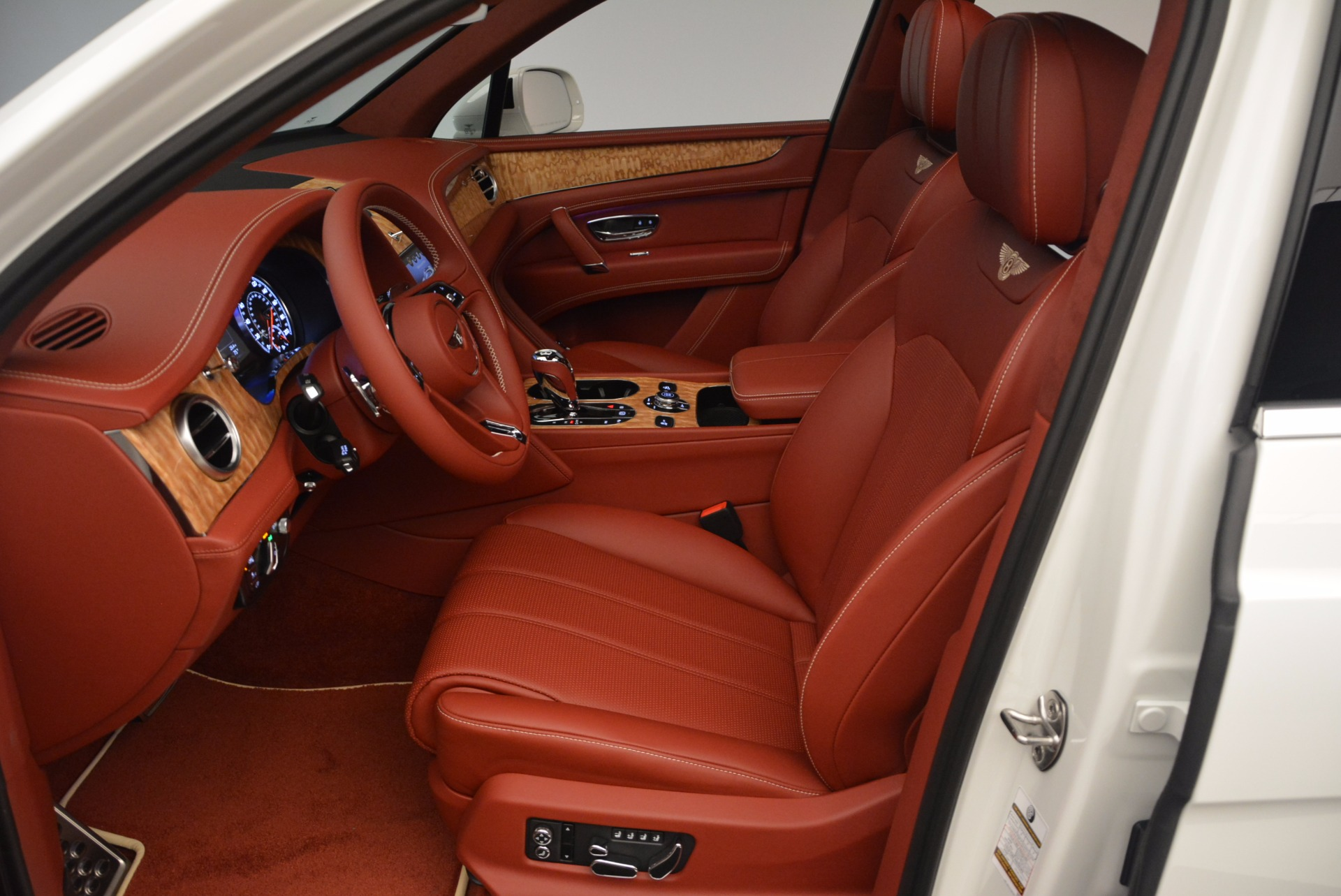 New 2018 Bentley Bentayga Onyx Edition For Sale In Westport, CT 1429_p24