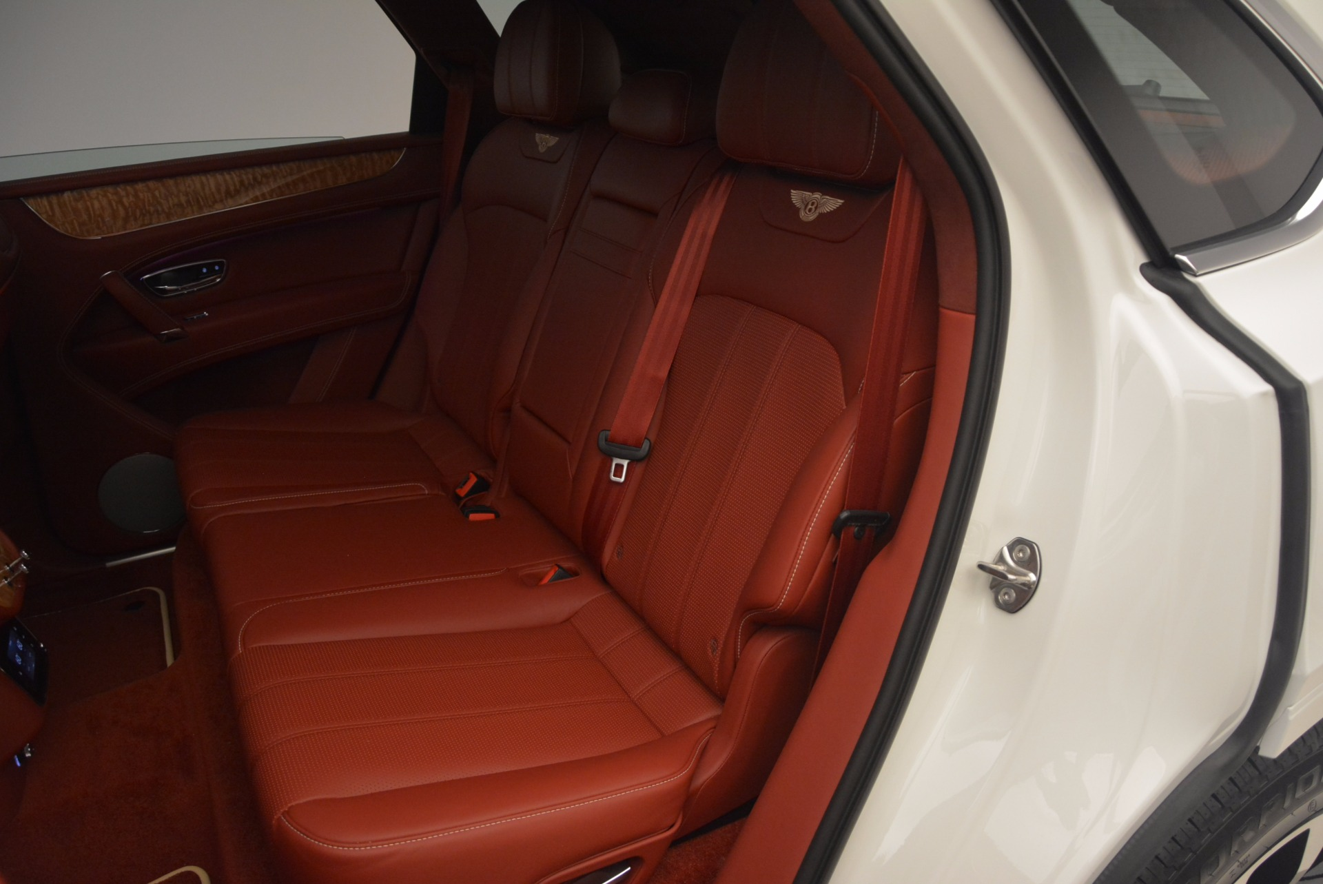 New 2018 Bentley Bentayga Onyx Edition For Sale In Westport, CT 1429_p31