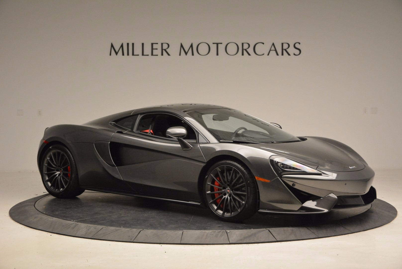 New 2017 McLaren 570GT  For Sale In Westport, CT 1451_p10