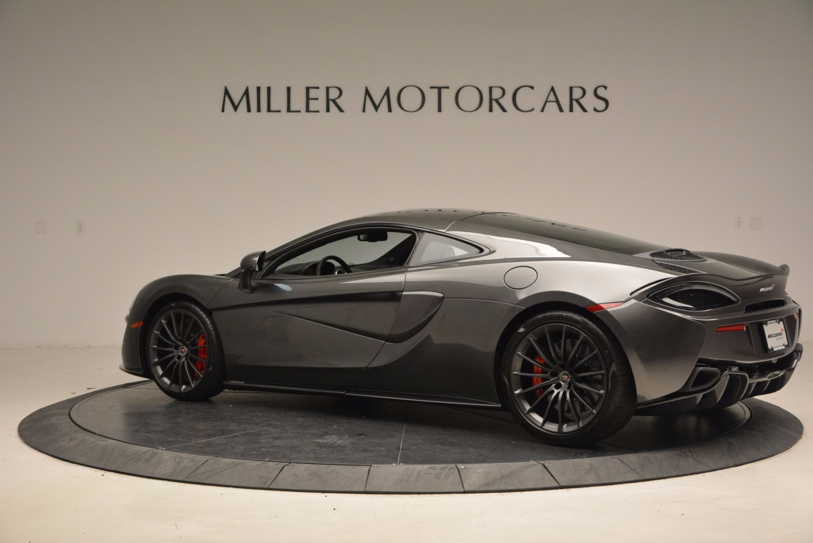 New 2017 McLaren 570GT  For Sale In Westport, CT 1451_p4
