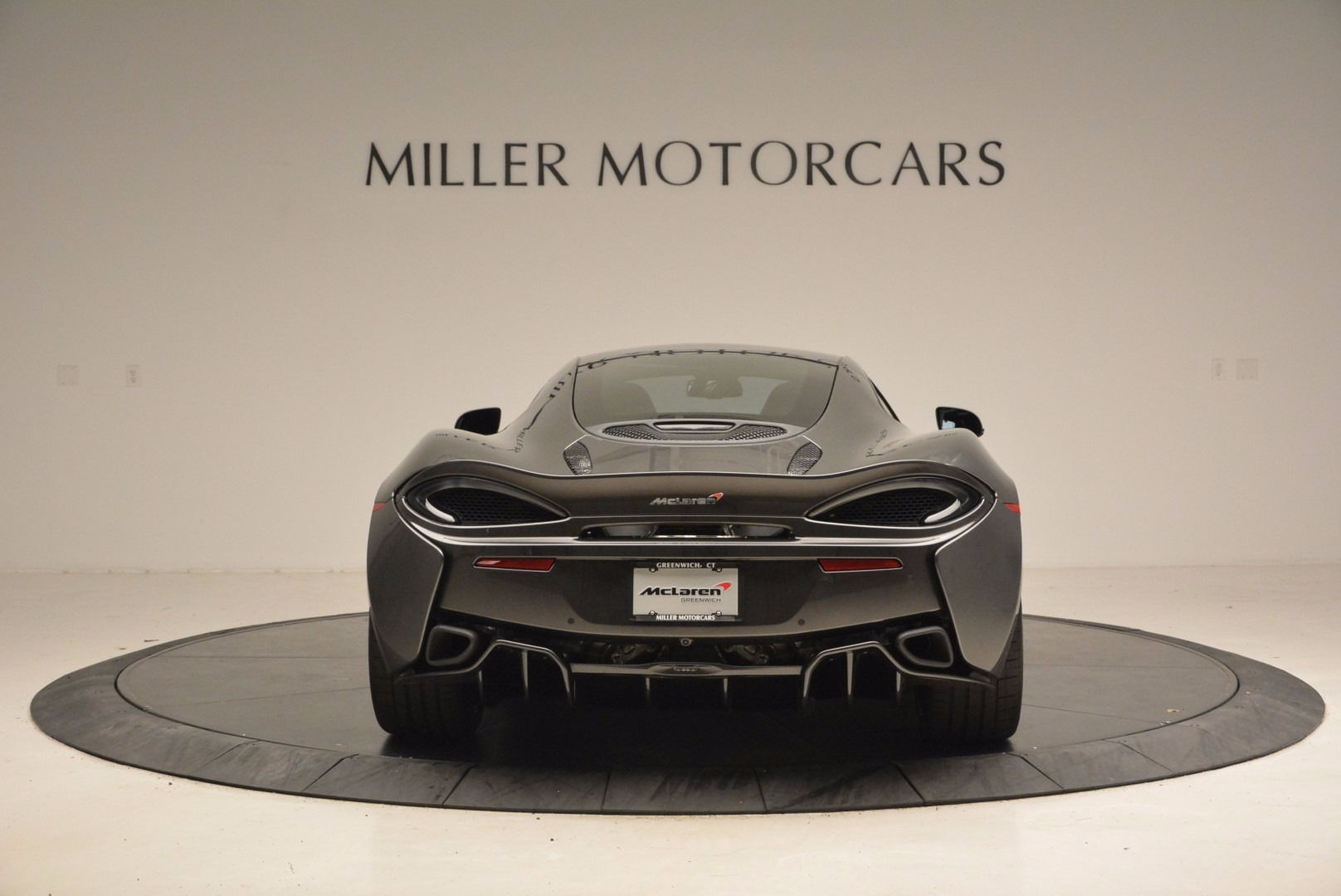 New 2017 McLaren 570GT  For Sale In Westport, CT 1451_p6