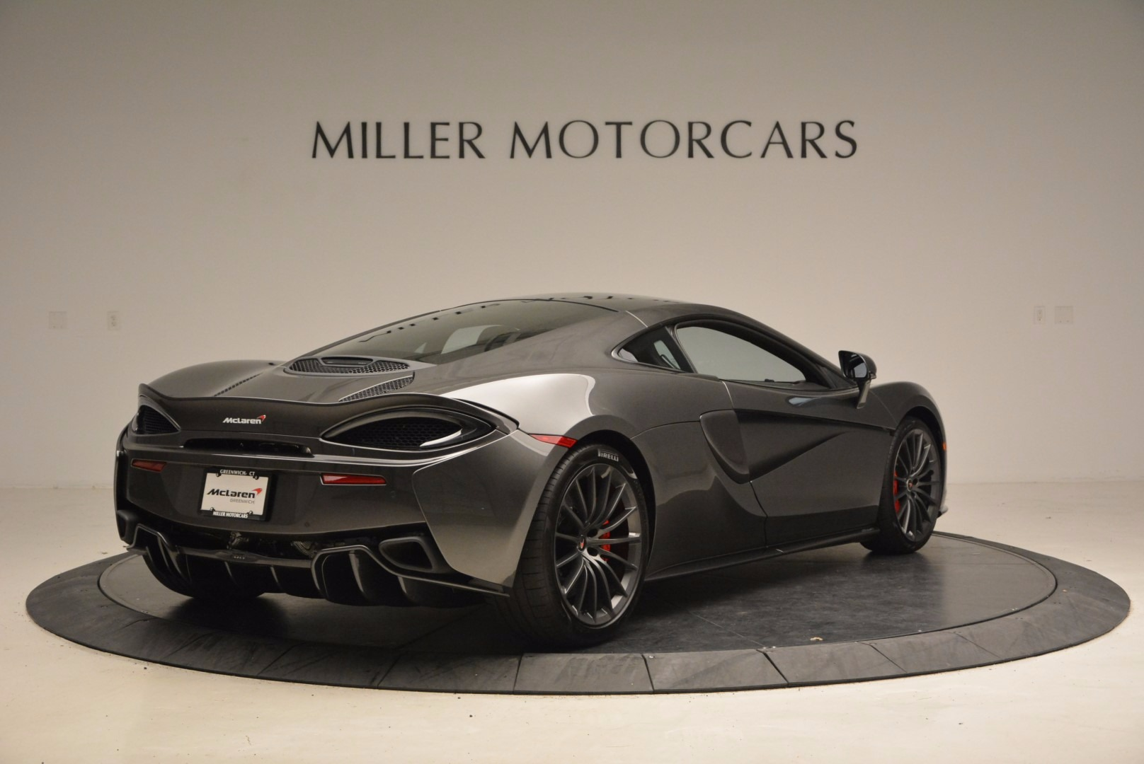 New 2017 McLaren 570GT  For Sale In Westport, CT 1451_p7