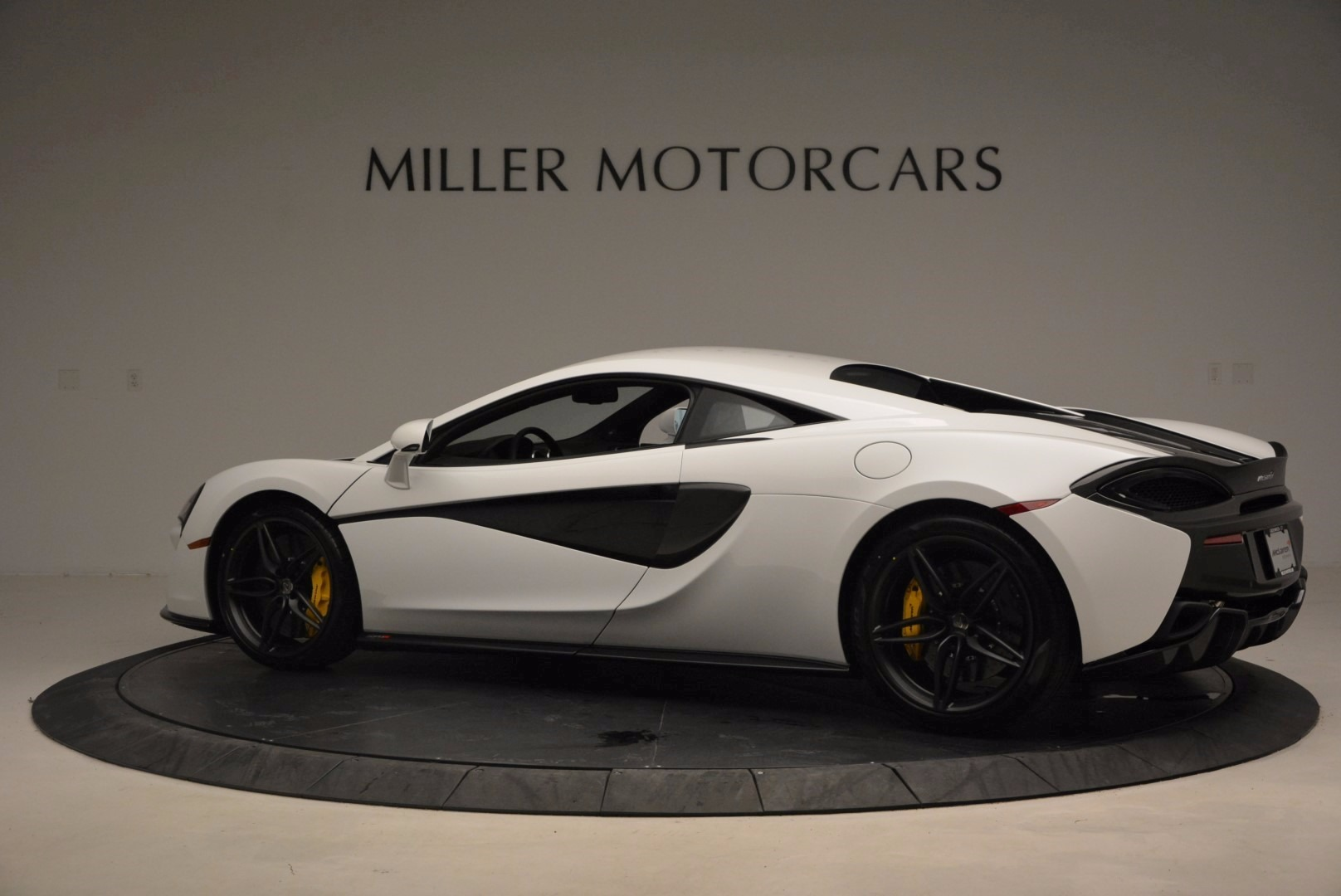 New 2017 McLaren 570S  For Sale In Westport, CT 1452_p4