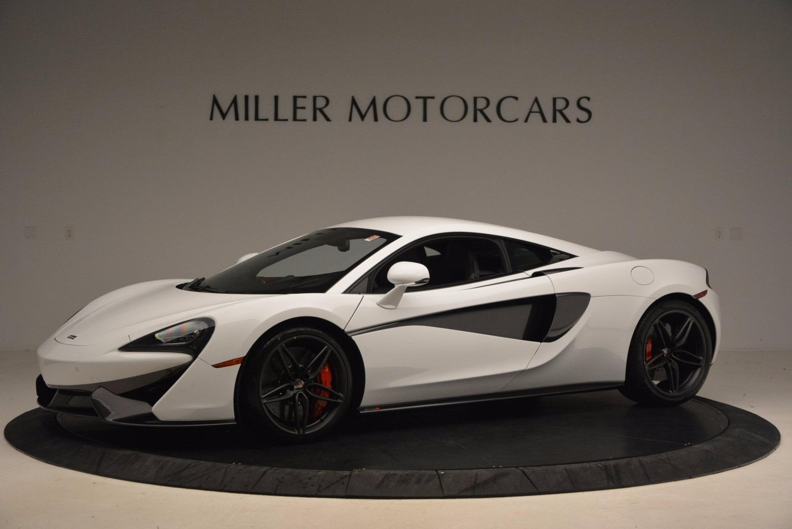 Used 2017 McLaren 570S  For Sale In Westport, CT 1454_p2