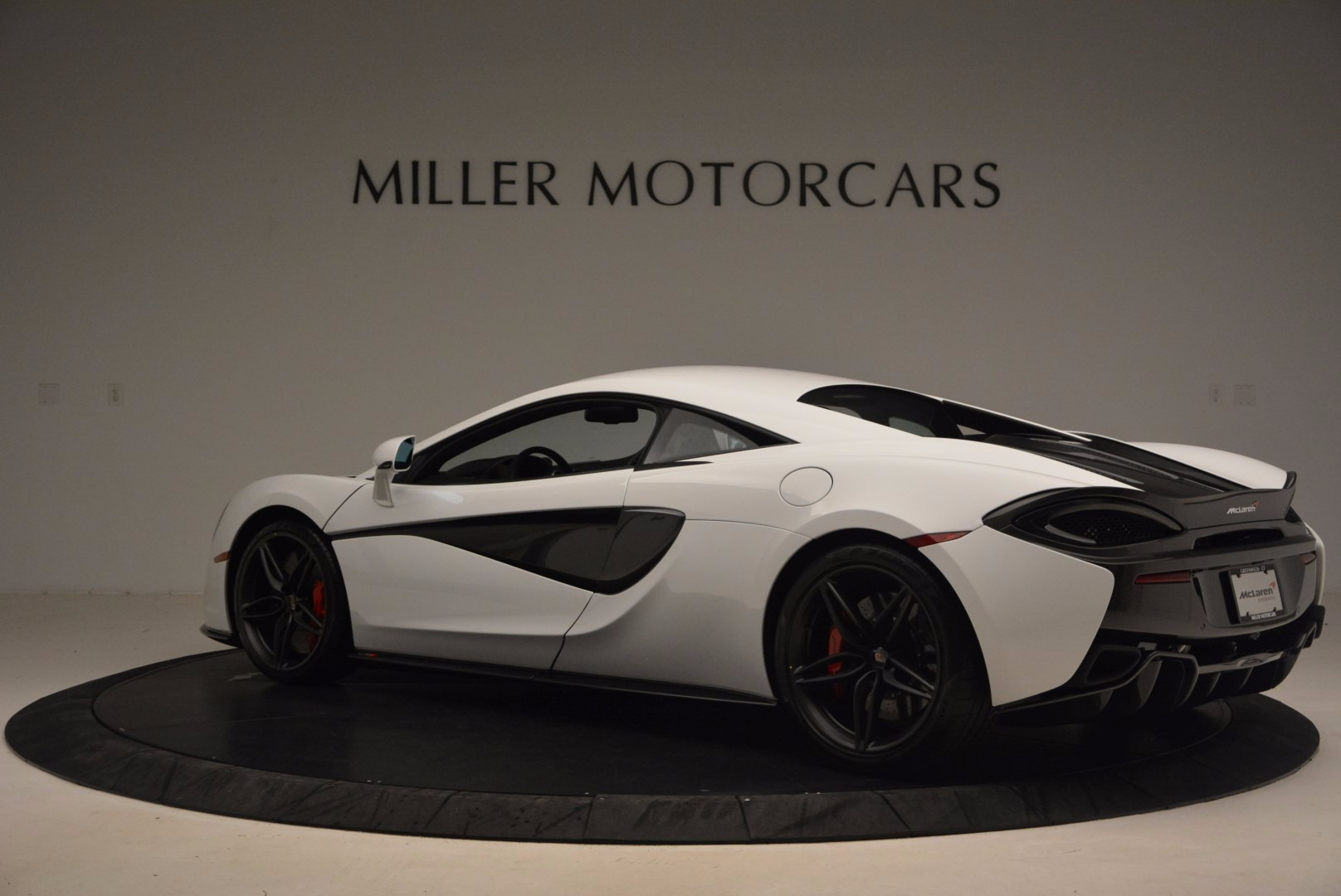 Used 2017 McLaren 570S  For Sale In Westport, CT 1454_p4